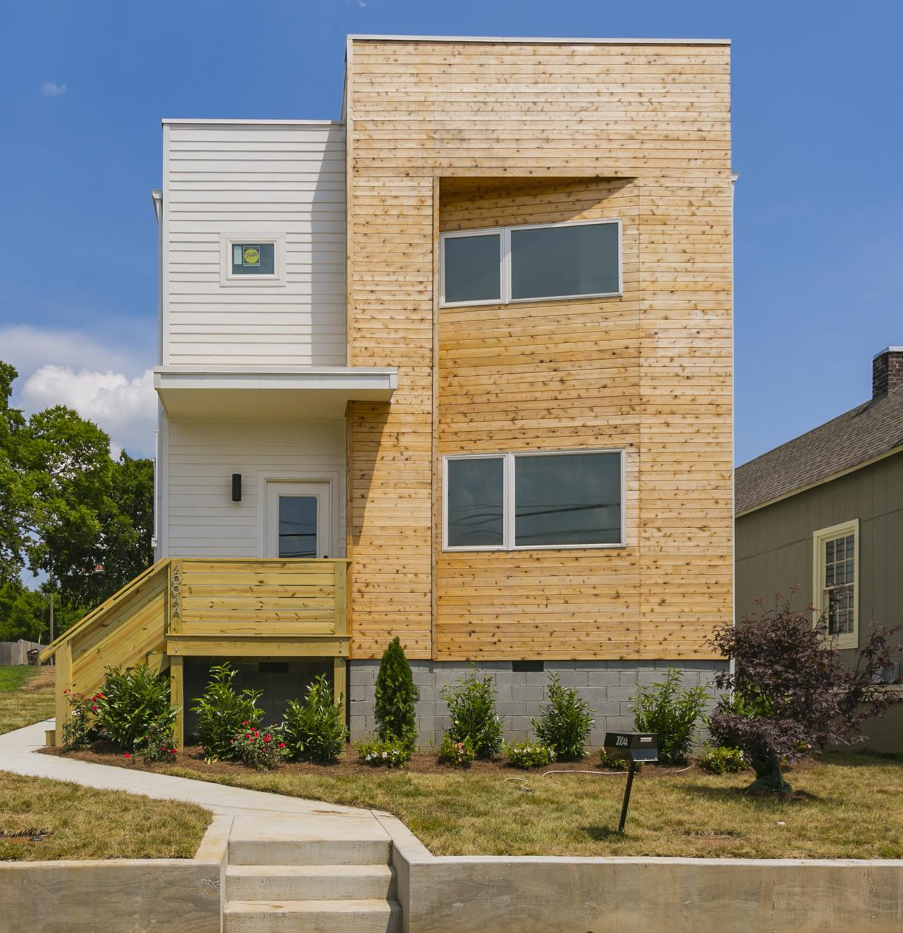 Buchanan Arts District Real Estate Listings Main Image