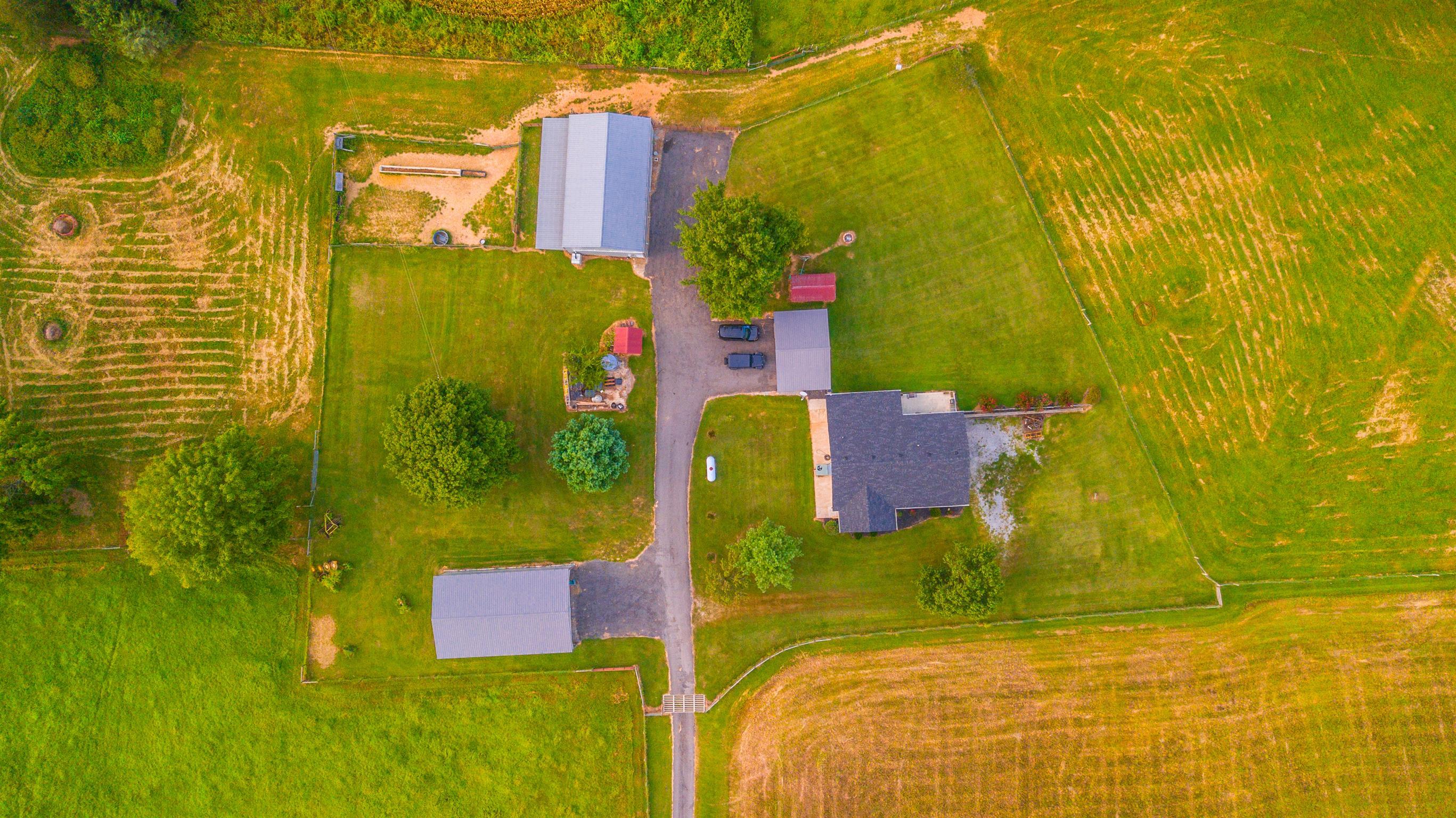 581 Coker Ford Rd, Portland, TN 37148 - Portland, TN real estate listing