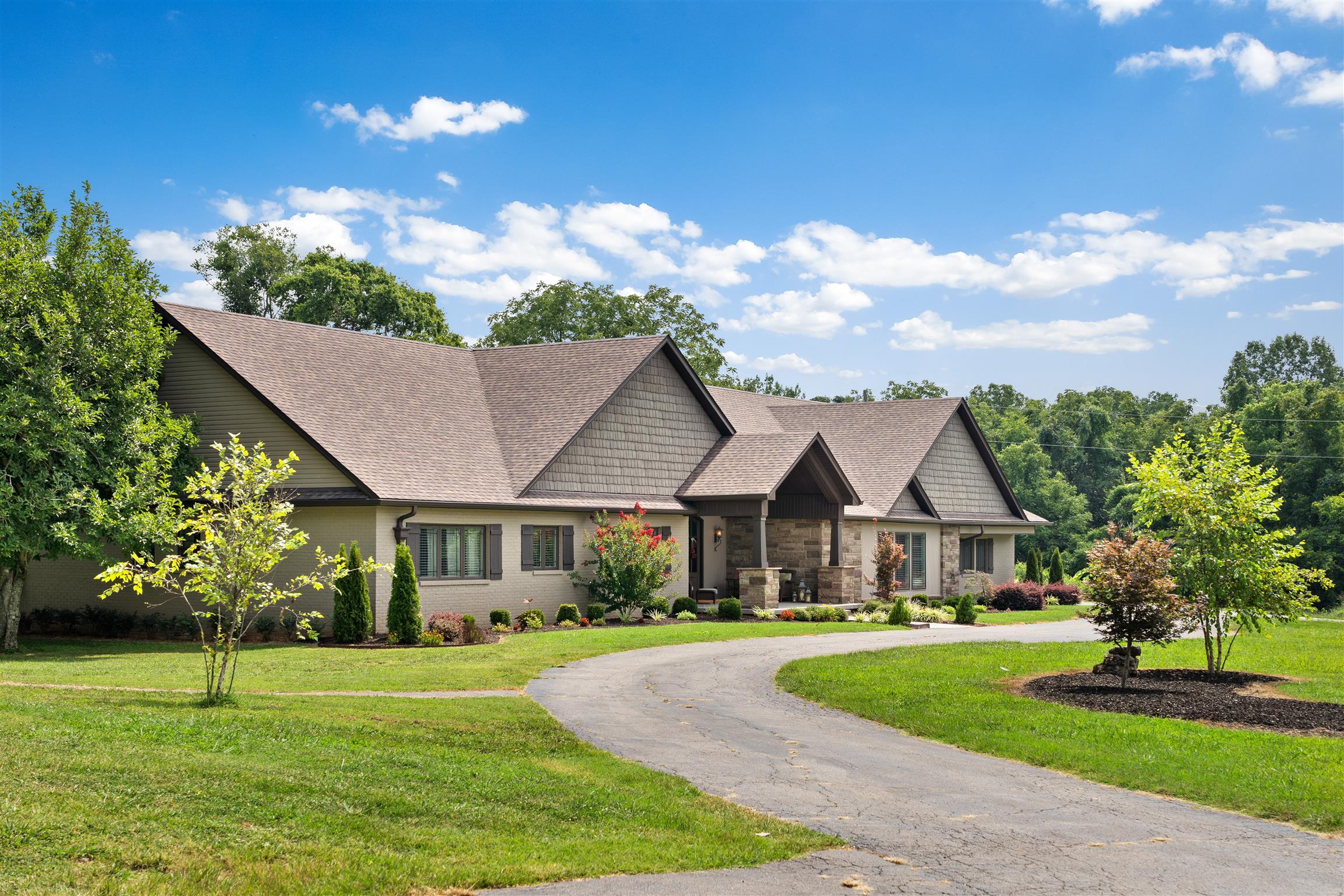 2385 Old Ashland City Rd, Clarksville, TN 37043 - Clarksville, TN real estate listing
