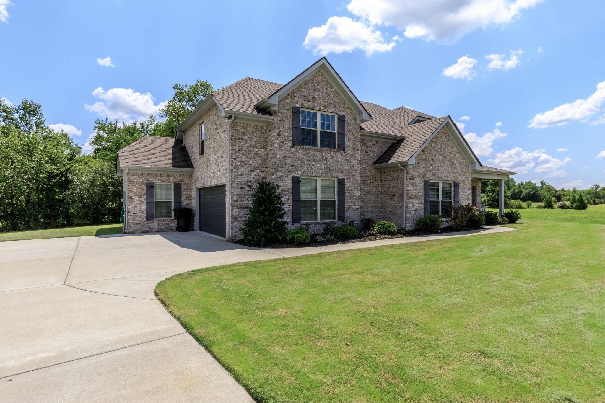 2004 Chapel Ct, Murfreesboro, TN 37128 - Murfreesboro, TN real estate listing