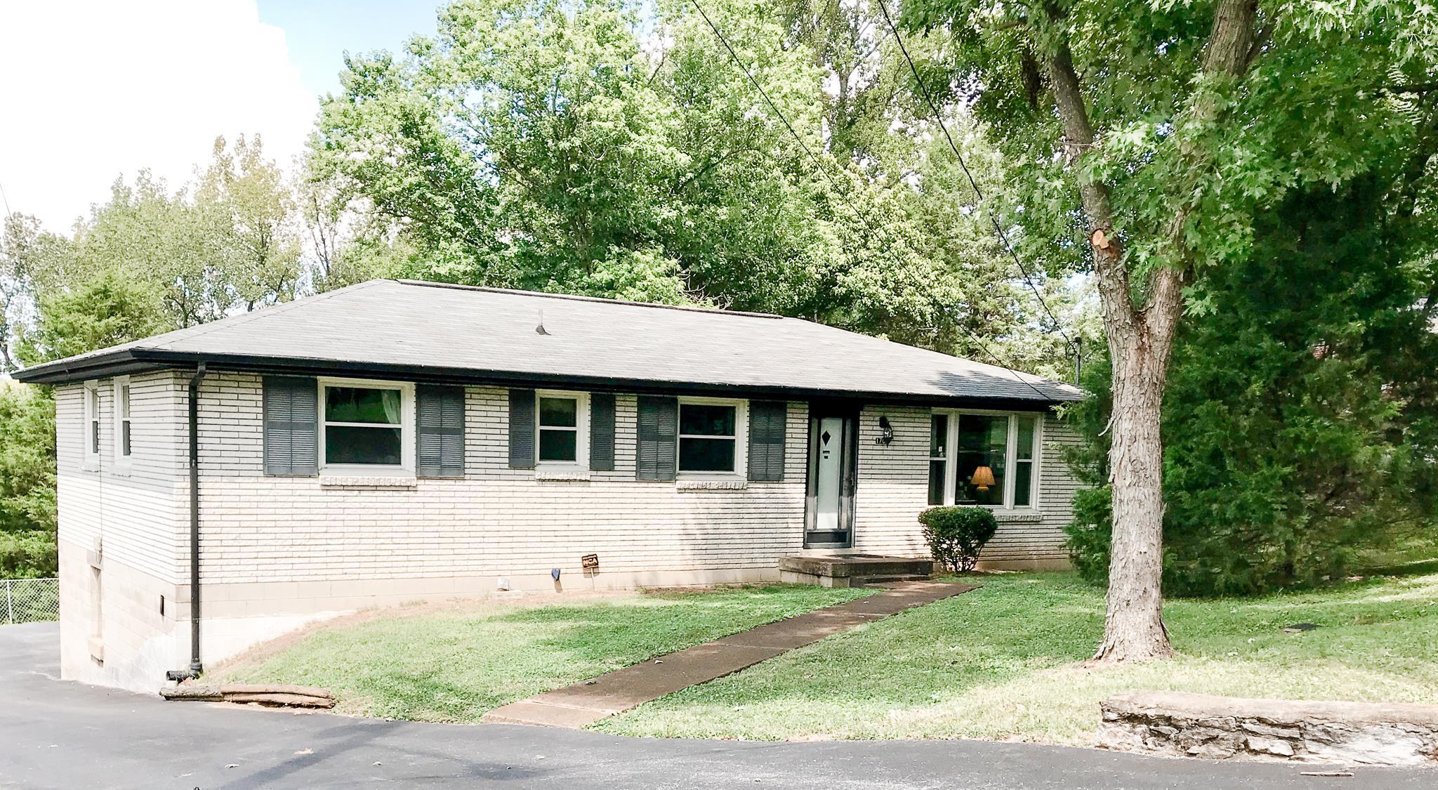 1703 Welcome Ln, Nashville, TN 37216 - Nashville, TN real estate listing