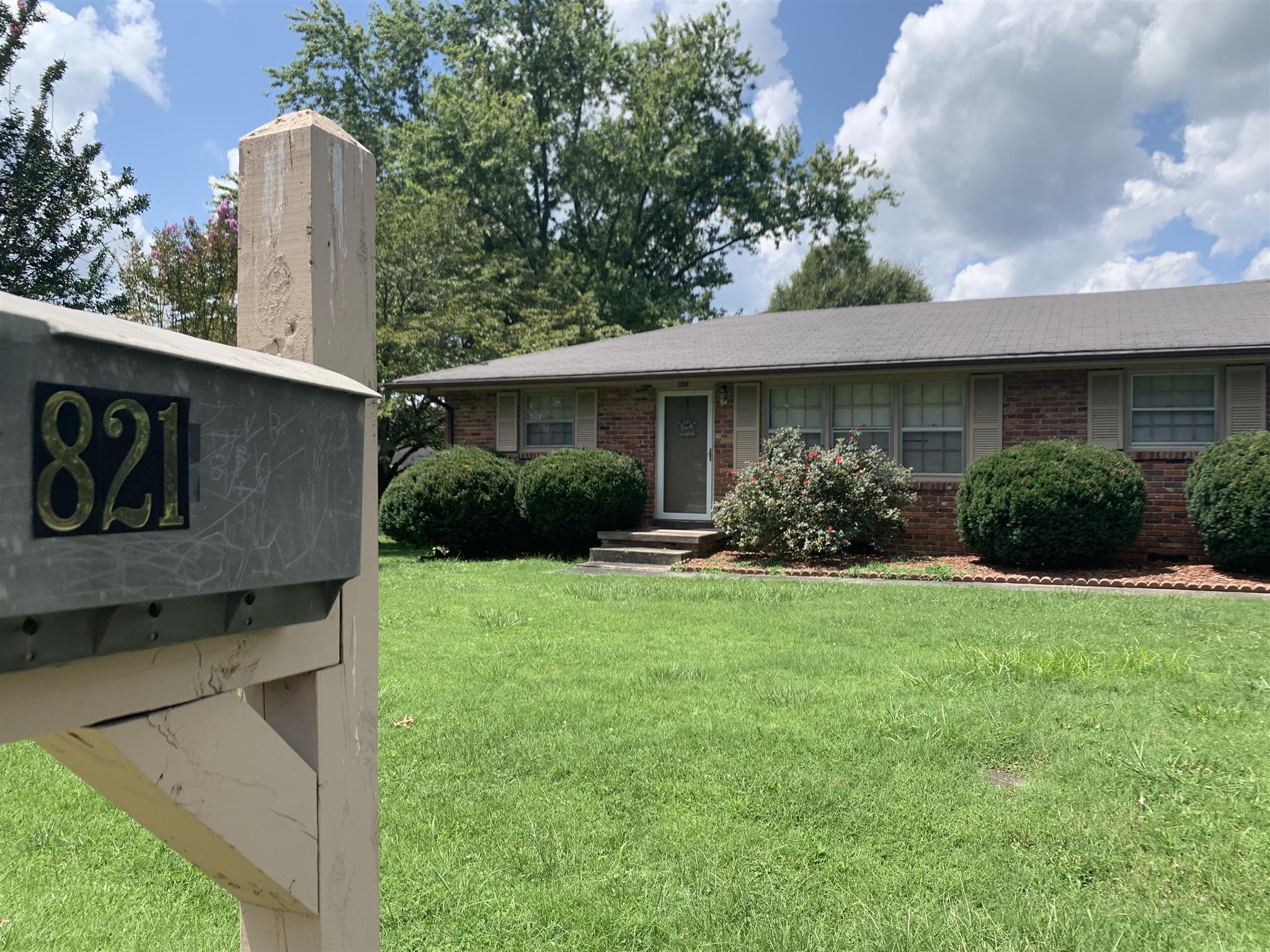 821 Fairlane Cir, Smithville, TN 37166 - Smithville, TN real estate listing