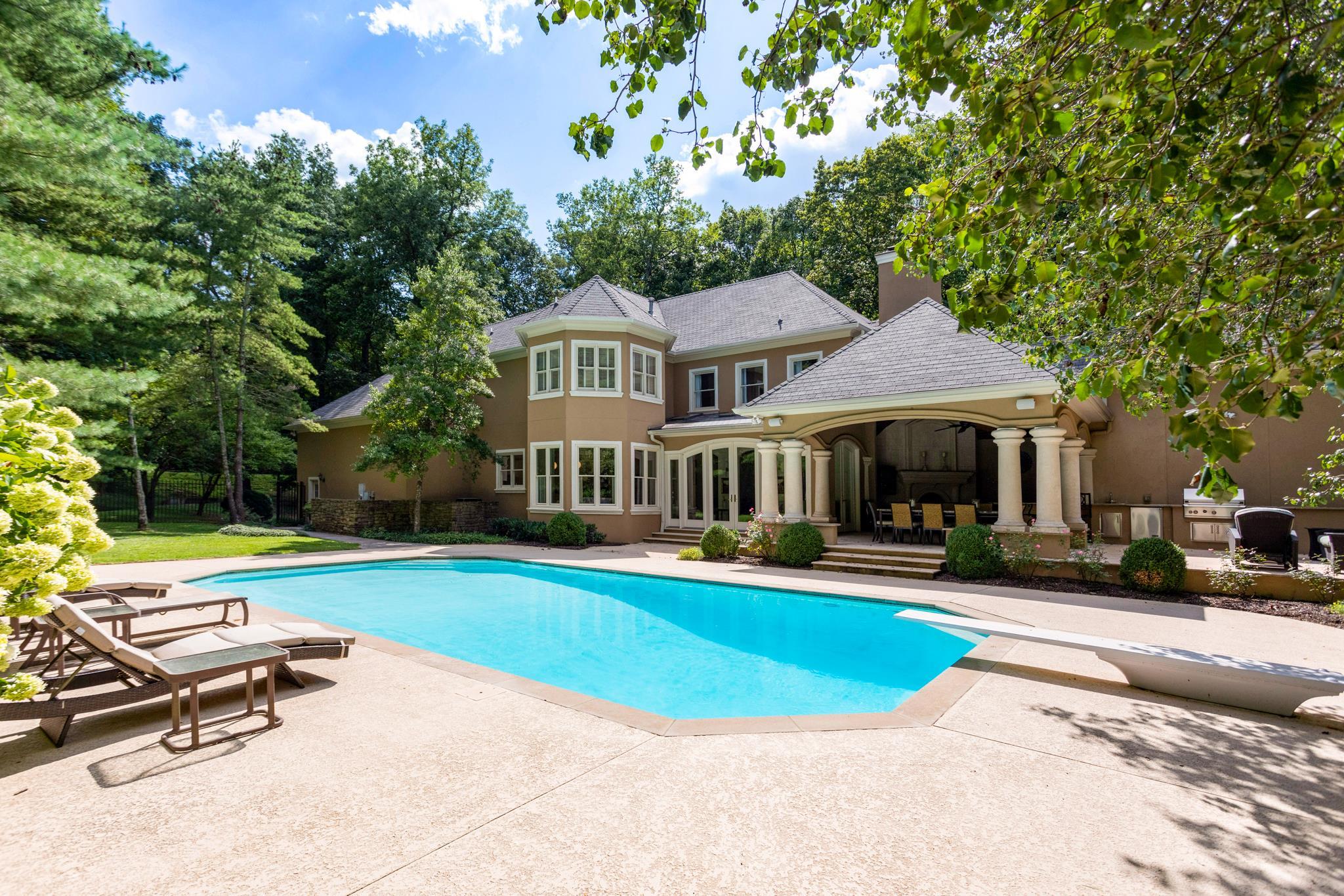 4918 Tyne Valley Blvd, Nashville, TN 37220 - Nashville, TN real estate listing
