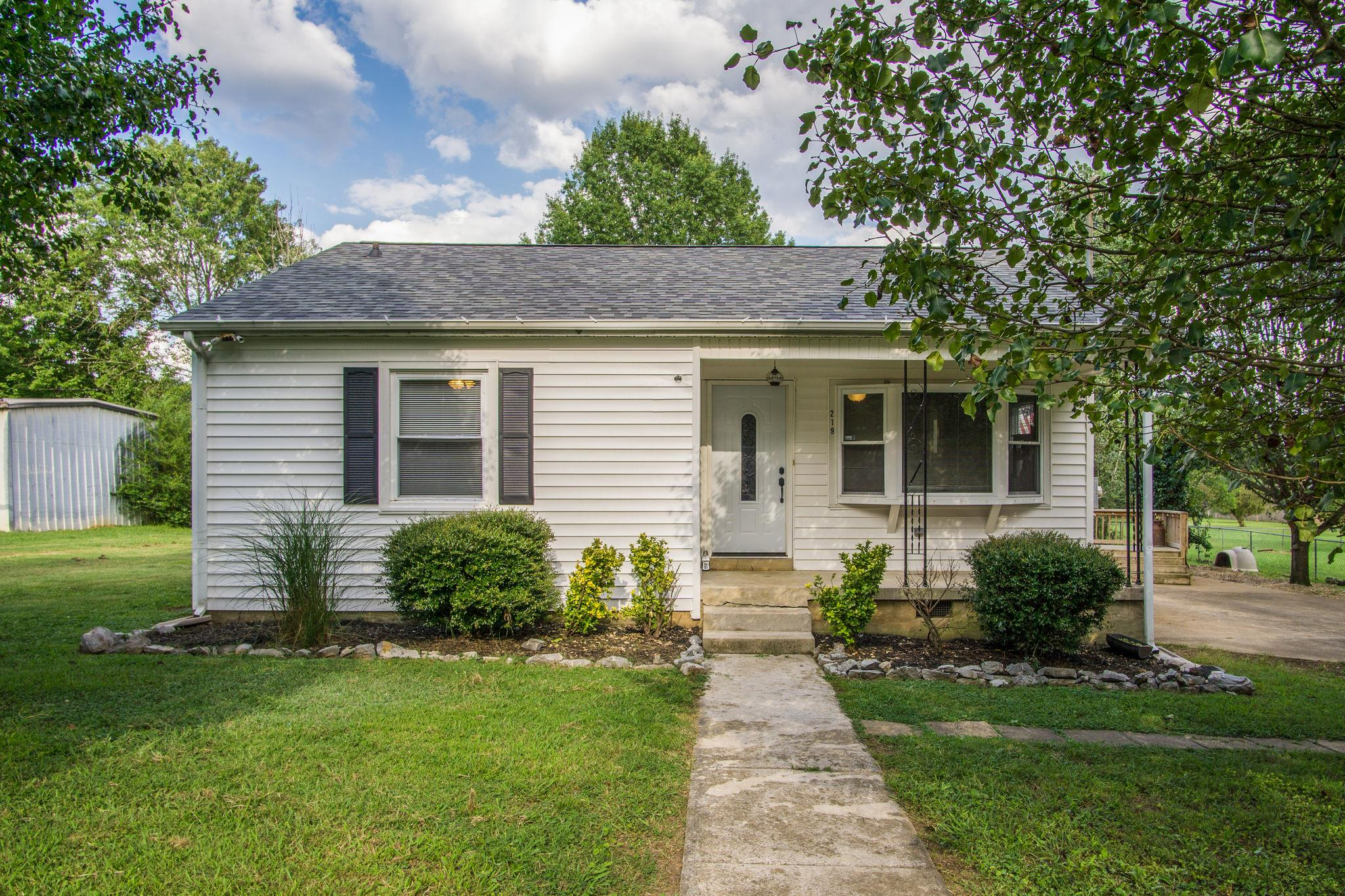 219 Stokes Ave, Lewisburg, TN 37091 - Lewisburg, TN real estate listing