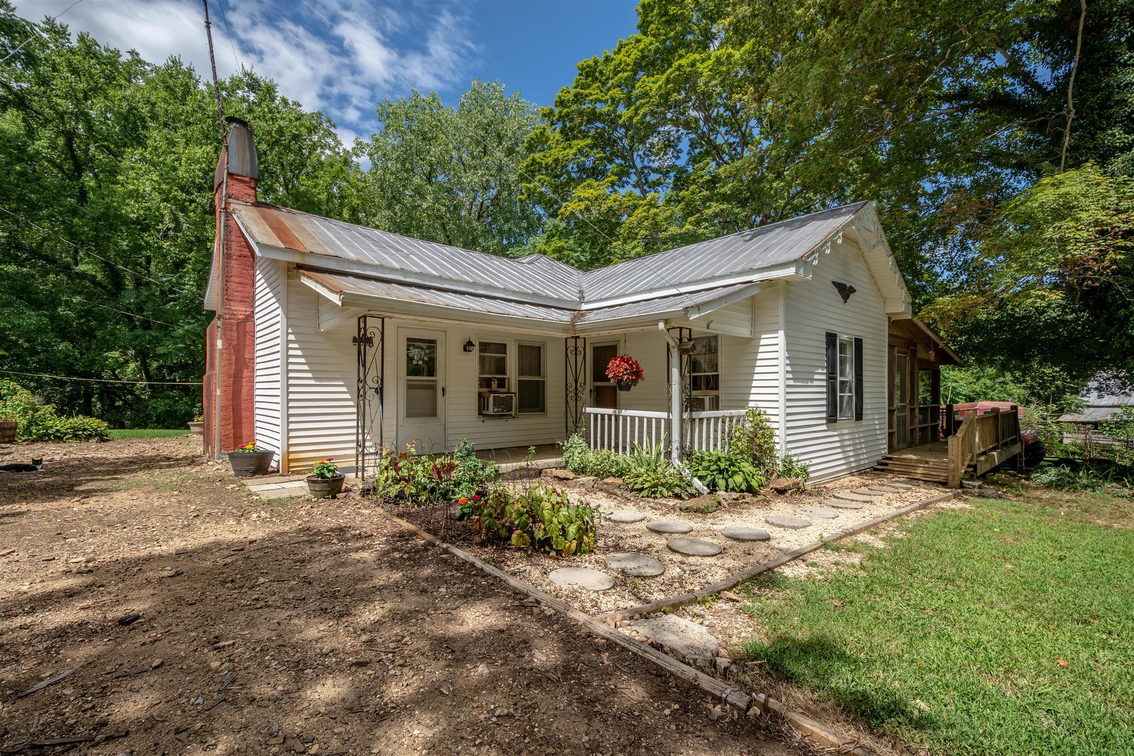 1080 Johnson Branch Rd, Pulaski, TN 38478 - Pulaski, TN real estate listing