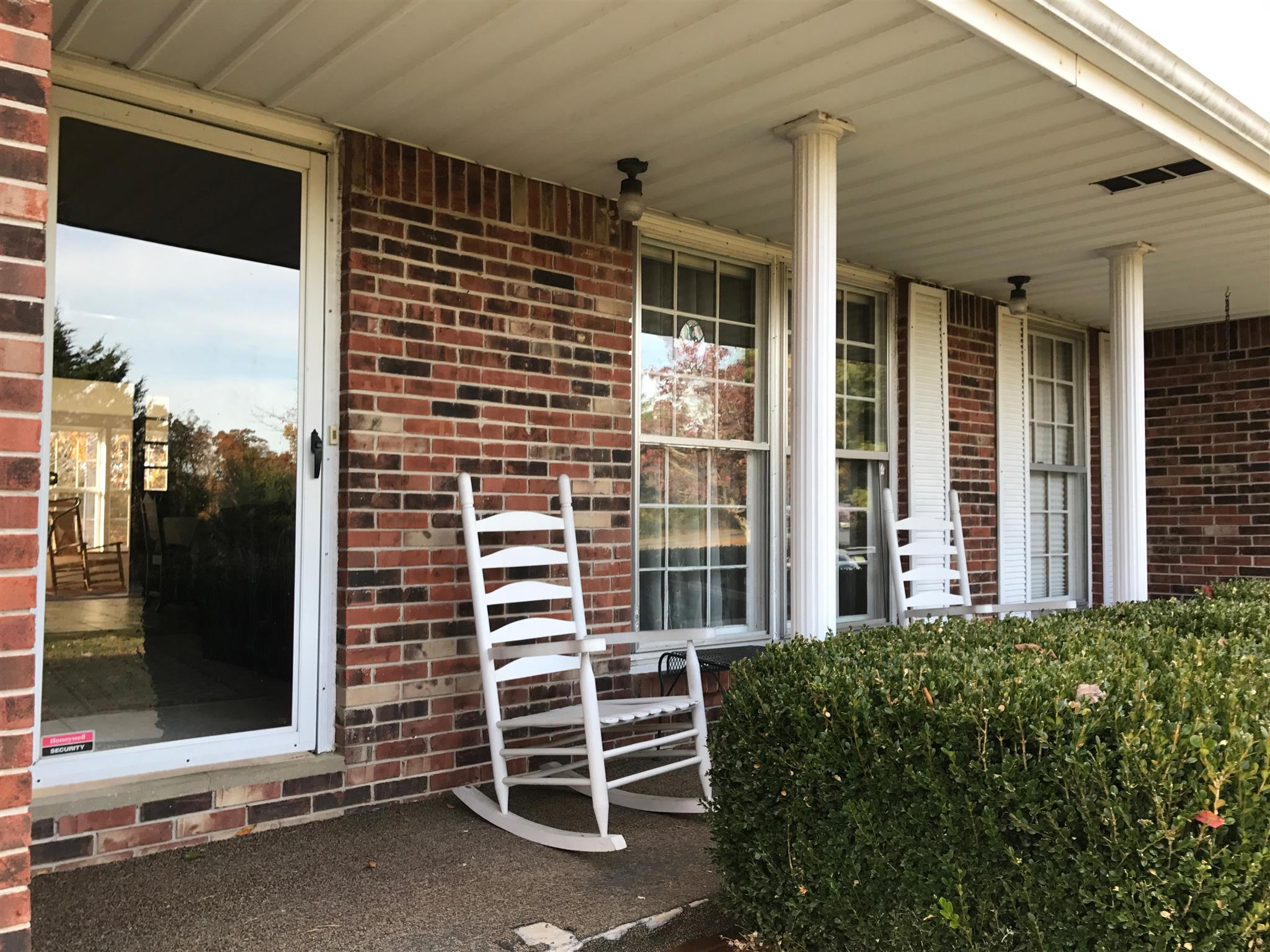 356 Deer Run Rd, Celina, TN 38551 - Celina, TN real estate listing