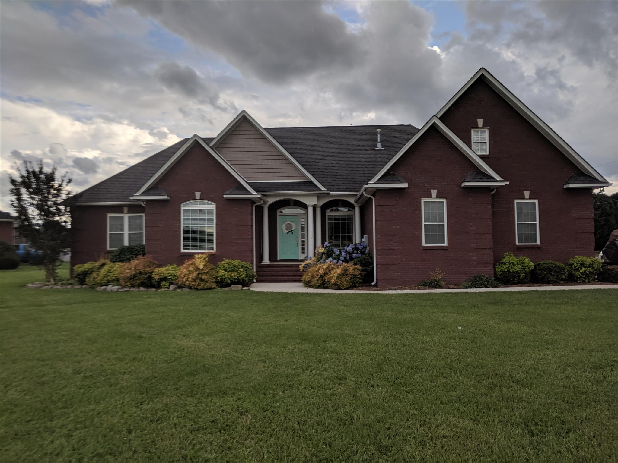 19 Mason Pl, Decherd, TN 37324 - Decherd, TN real estate listing