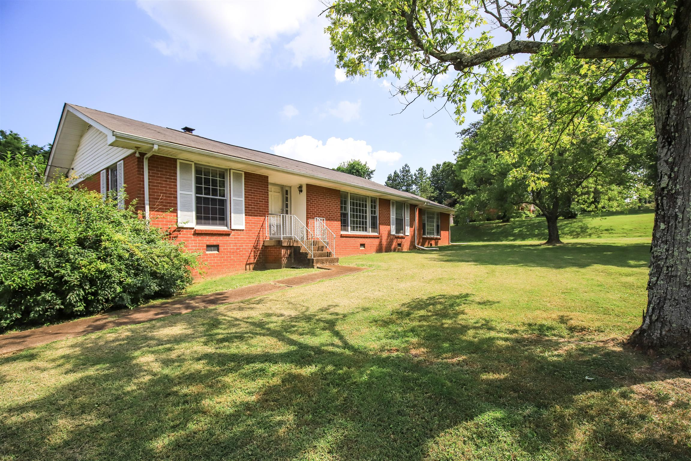 702 Cerro Vista Dr, Goodlettsville, TN 37072 - Goodlettsville, TN real estate listing