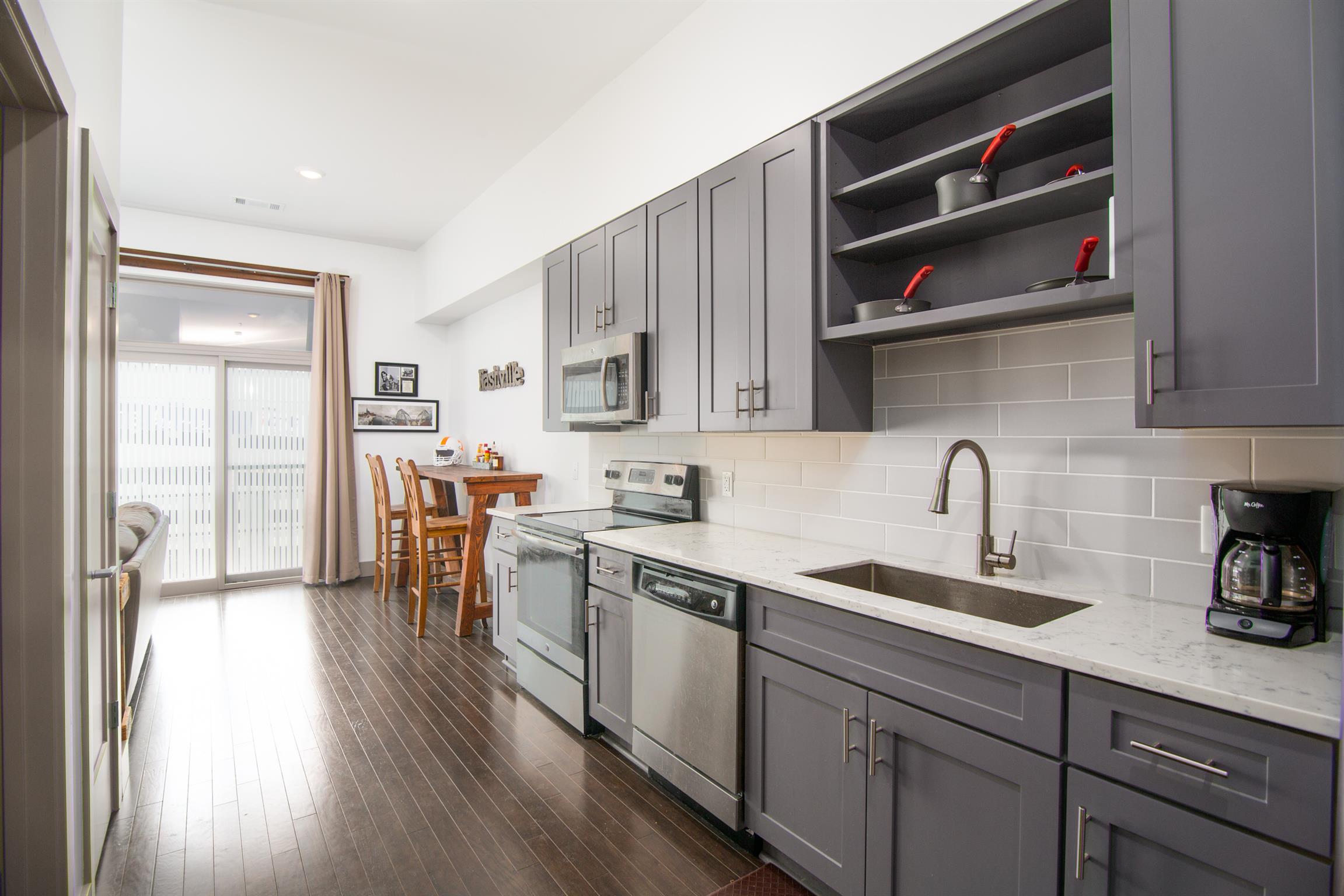 37204 Real Estate Listings Main Image