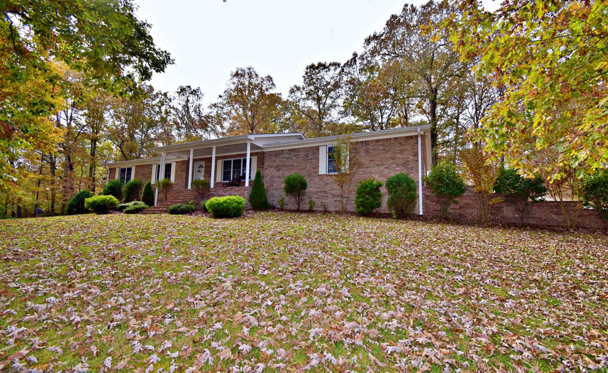 102 Hillview Dr, Linden, TN 37096 - Linden, TN real estate listing