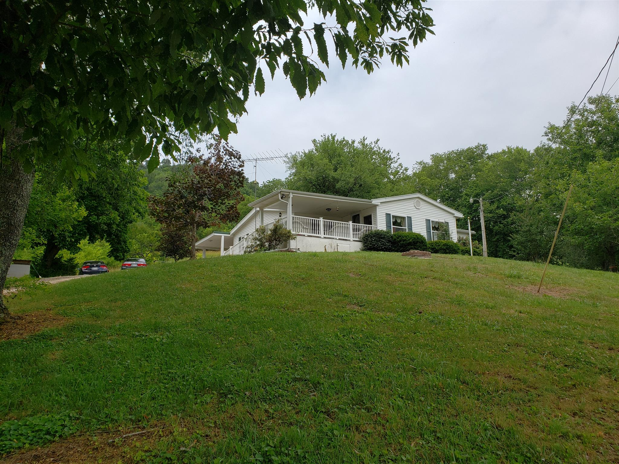 579 Defeated Creek Hwy, Carthage, TN 37030 - Carthage, TN real estate listing