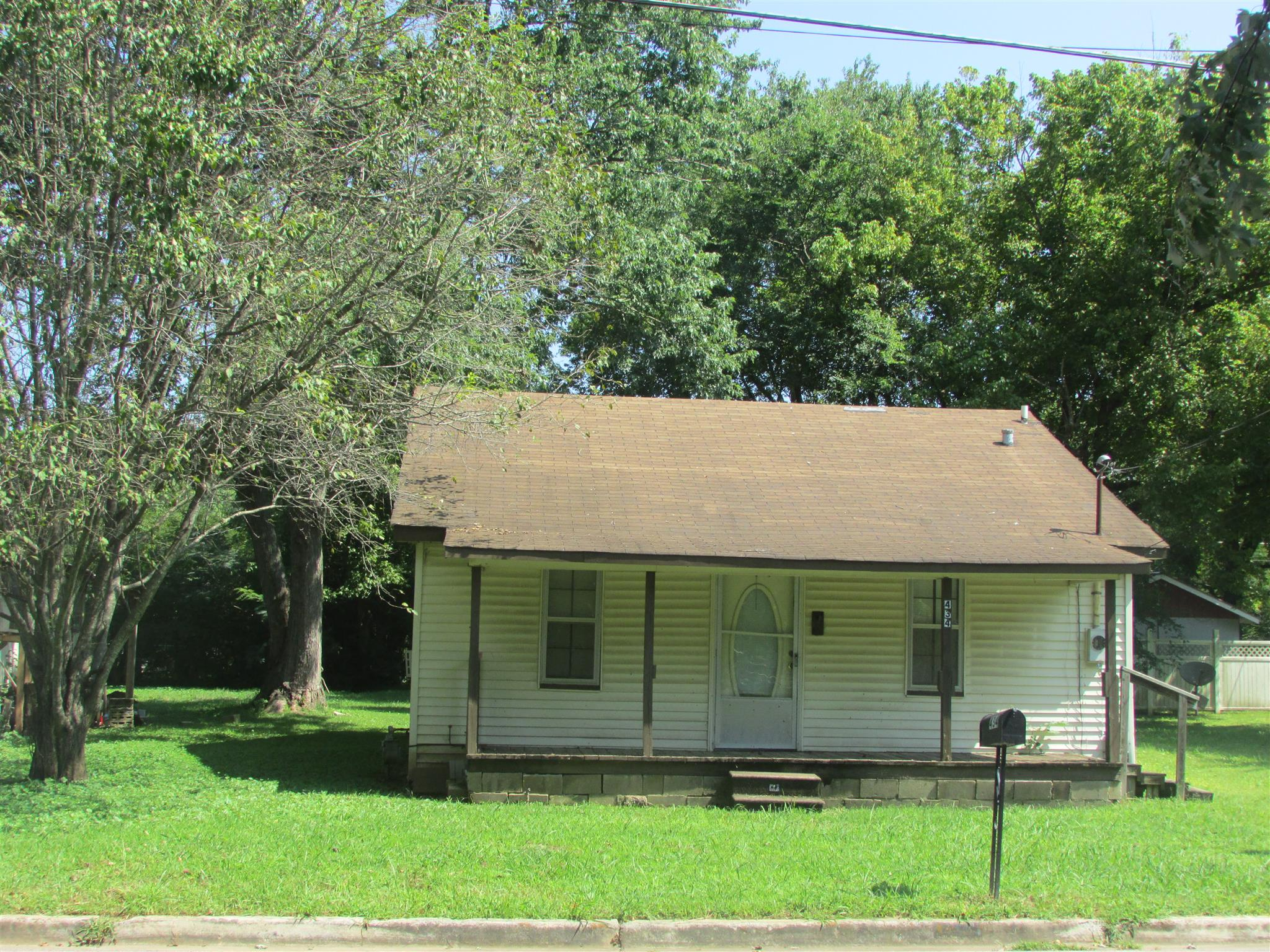 434 6Th St, E, Lawrenceburg, TN 38464 - Lawrenceburg, TN real estate listing