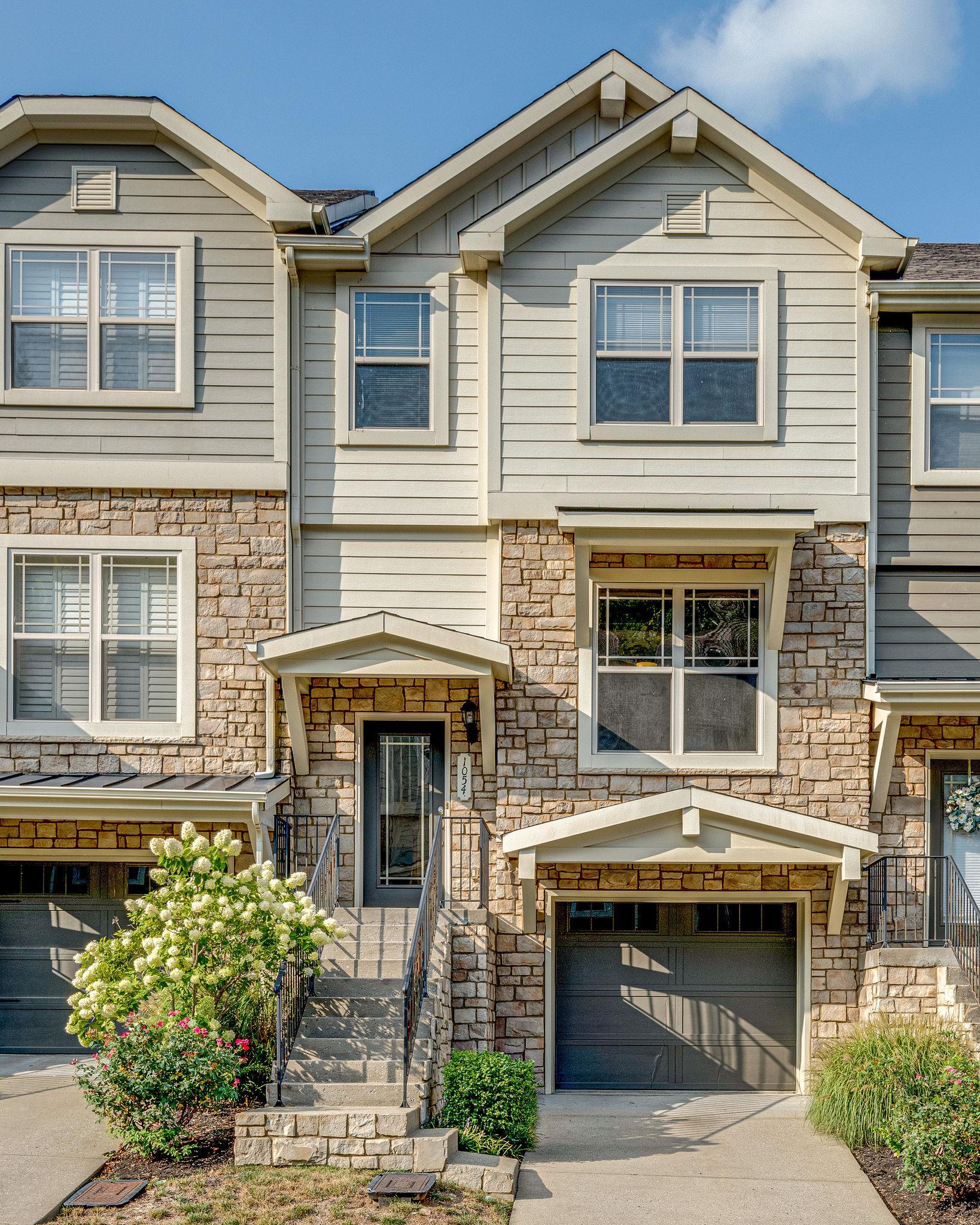 1054 Woodbury Falls Dr, Nashville, TN 37221 - Nashville, TN real estate listing