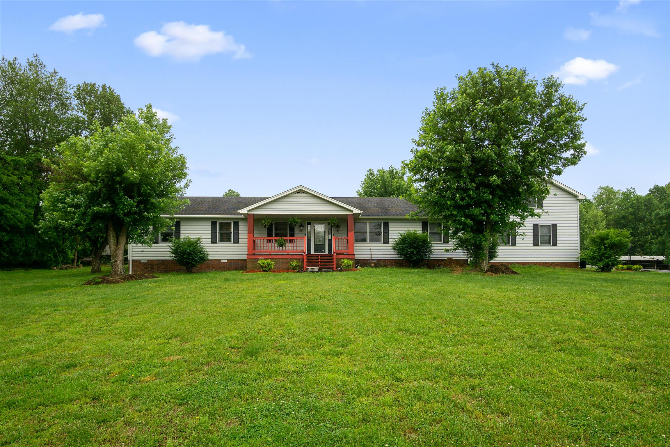 9895 Old Highway 52, Westmoreland, TN 37186 - Westmoreland, TN real estate listing