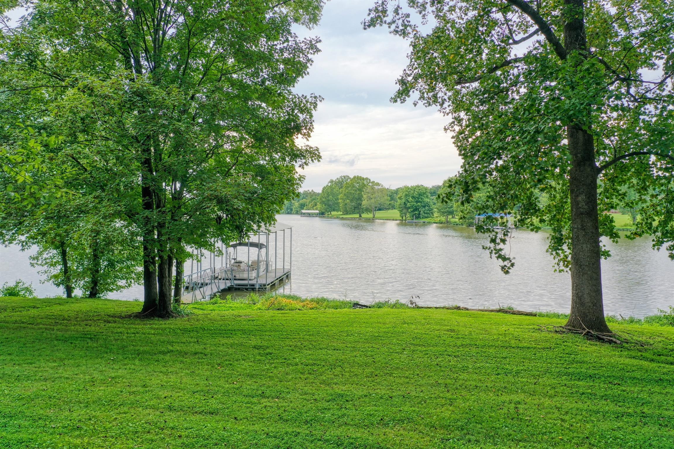 113 Lake Point Dr, Gallatin, TN 37066 - Gallatin, TN real estate listing