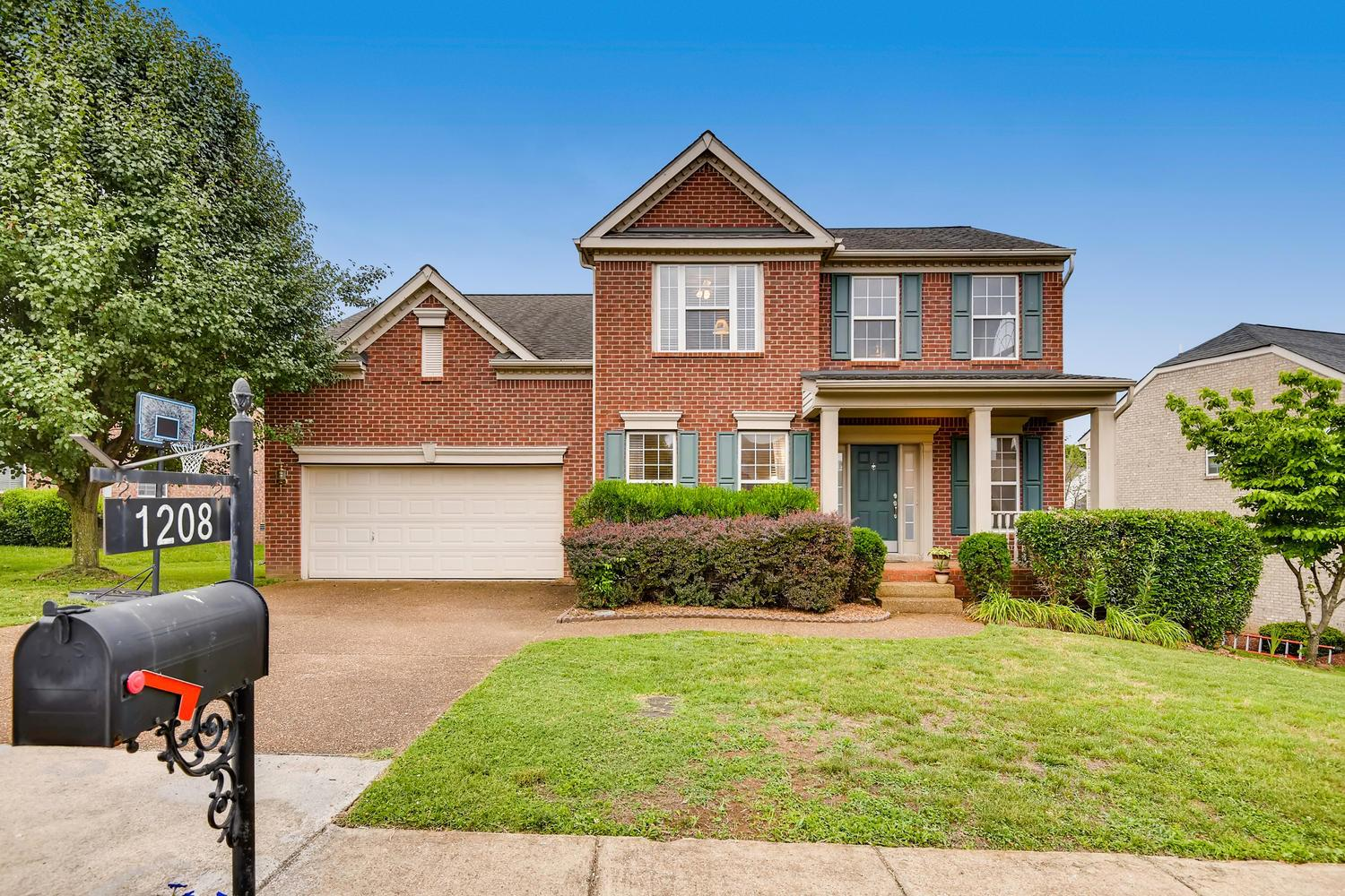 1208 Applecross Dr, Nashville, TN 37220 - Nashville, TN real estate listing