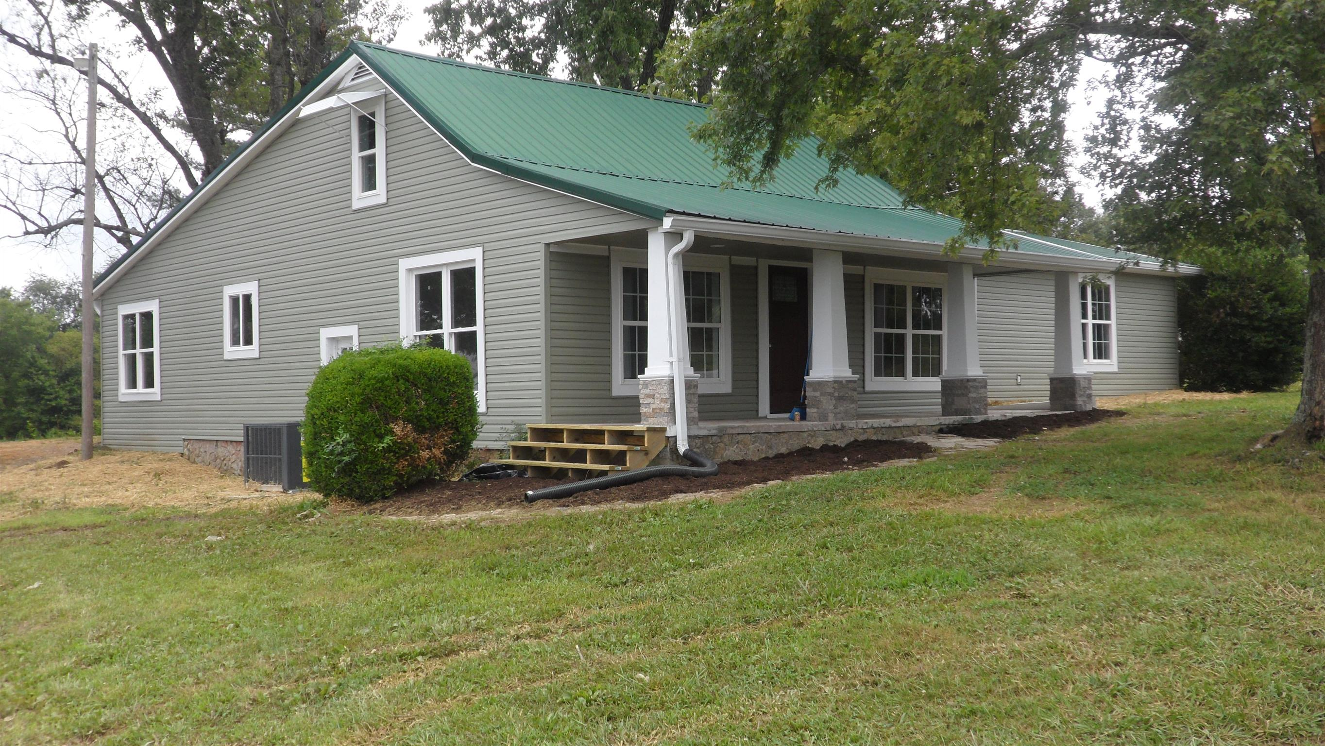 4588 Bluff Springs Rd, McMinnville, TN 37110 - McMinnville, TN real estate listing