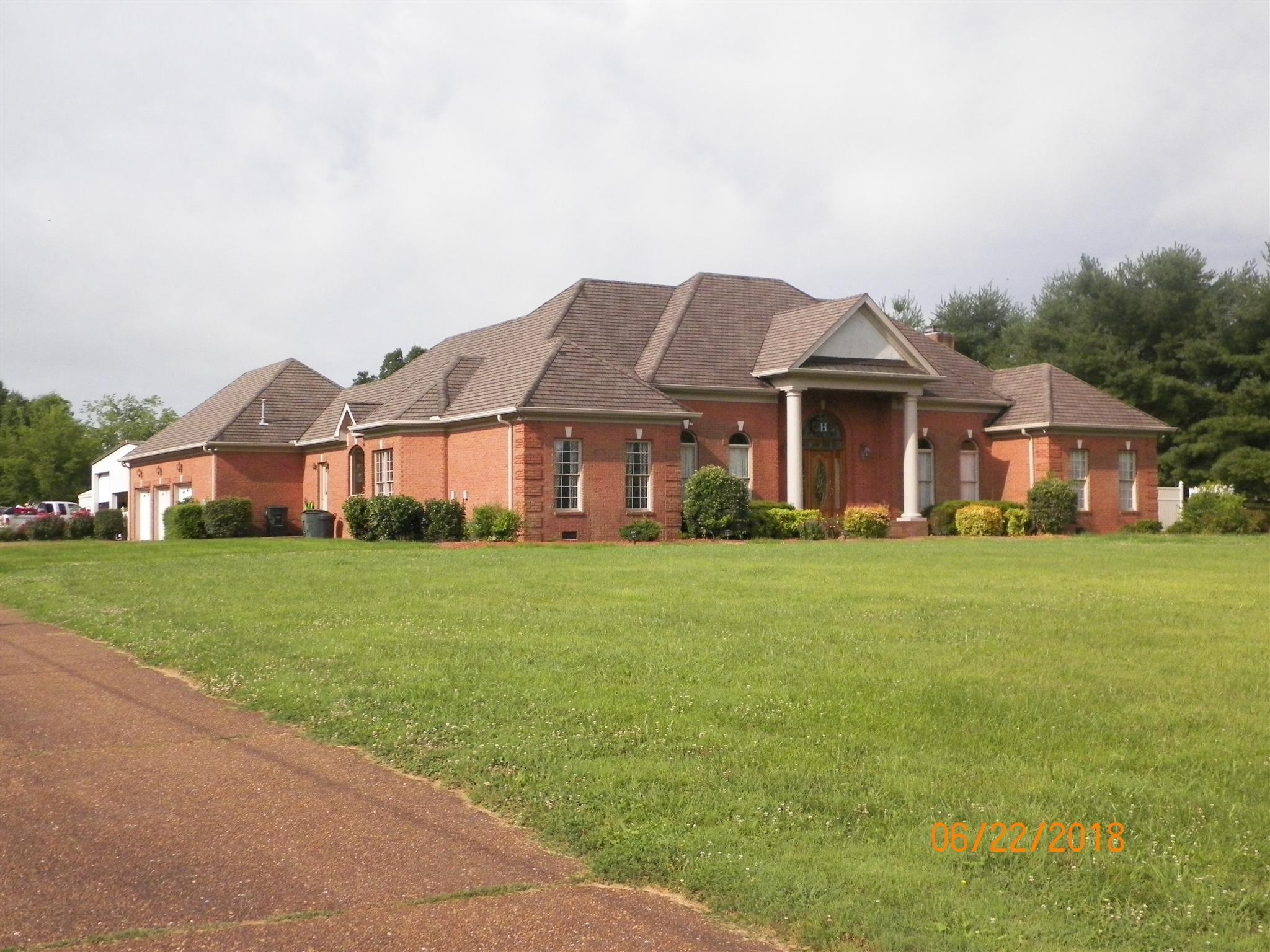 404 Denning Ford Rd Property Photo - Portland, TN real estate listing
