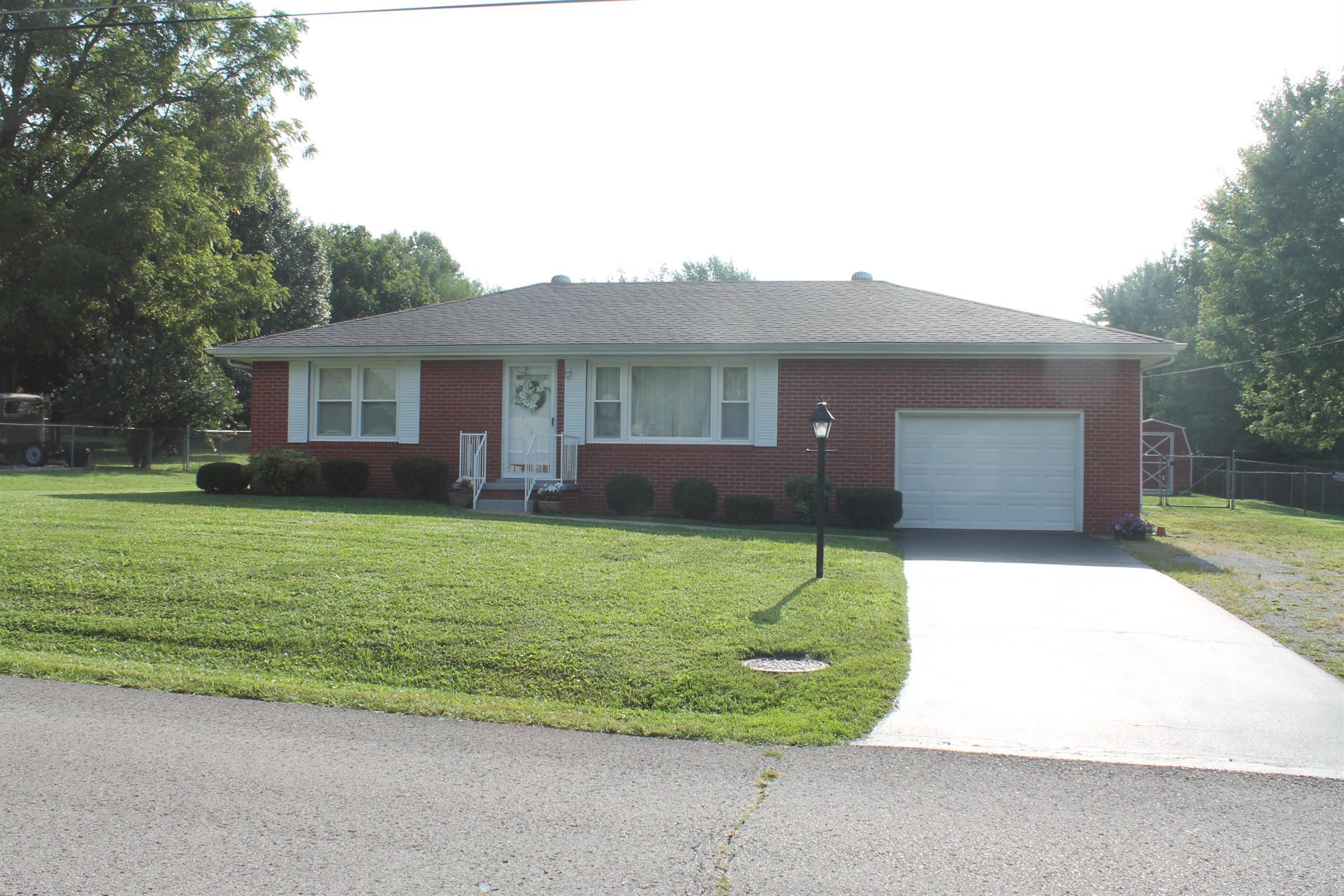 508 Henderson Drive, Hopkinsville, KY 42240 - Hopkinsville, KY real estate listing