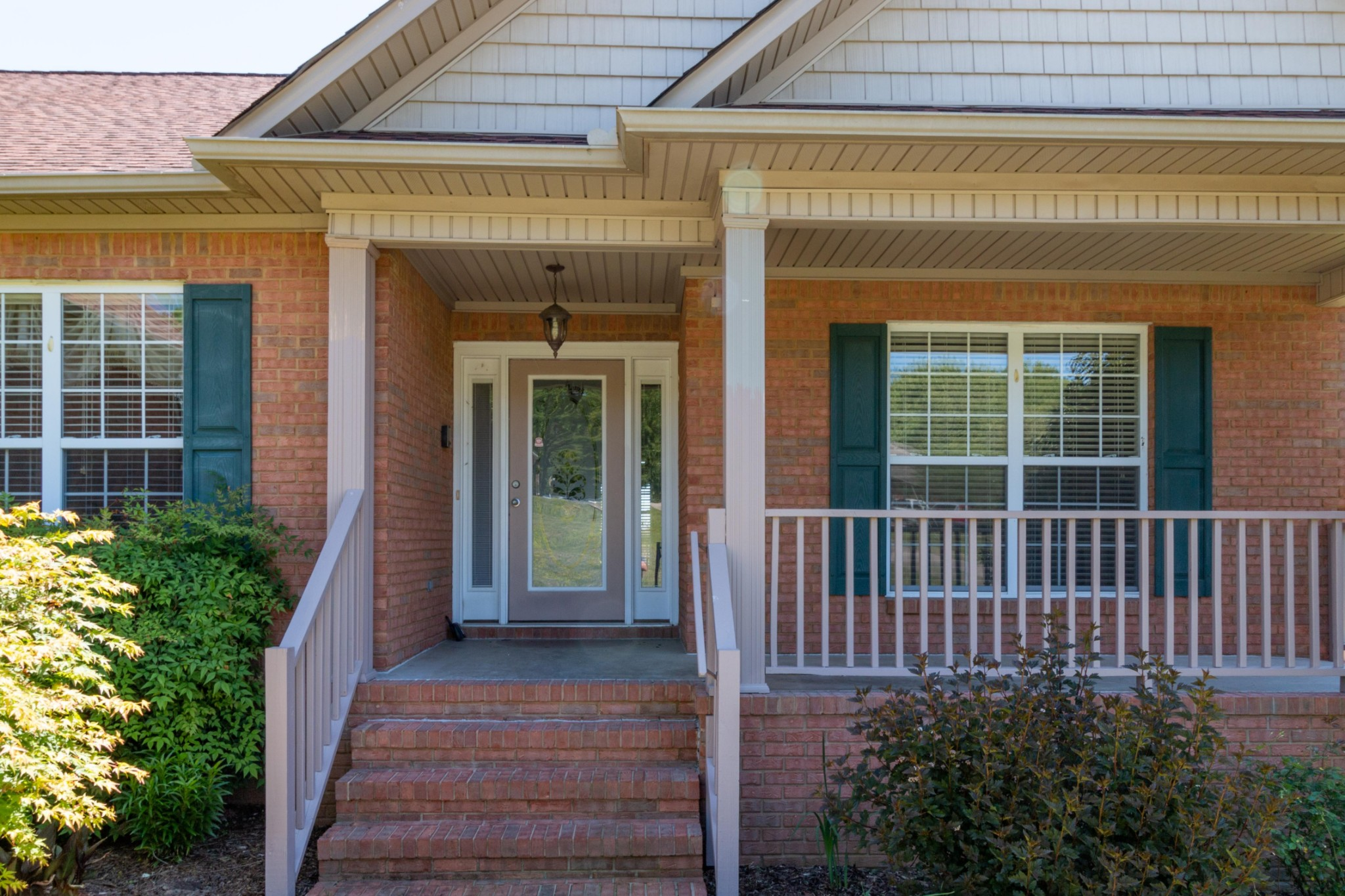 2006 Viewpointe Way, Columbia, TN 38401 - Columbia, TN real estate listing