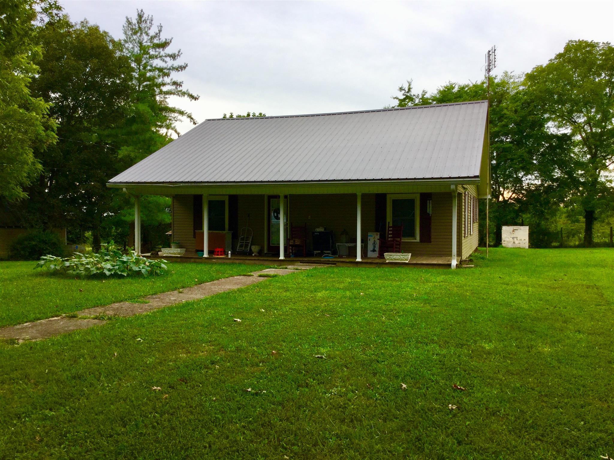 397 Roy Moore Rd, Unionville, TN 37180 - Unionville, TN real estate listing