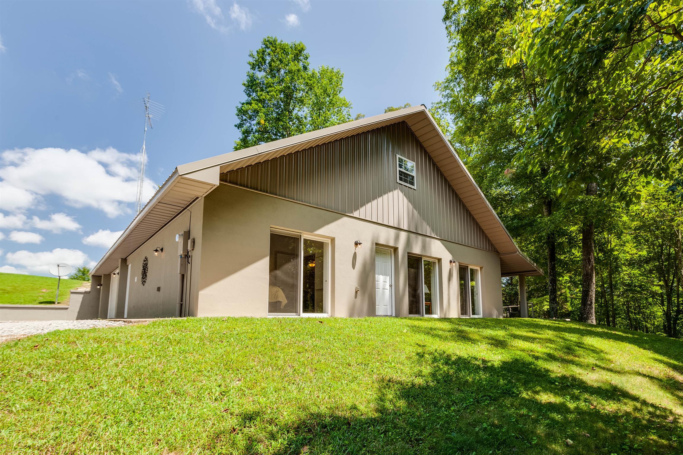 294 Mount Lebanon Rd, Lawrenceburg, TN 38464 - Lawrenceburg, TN real estate listing