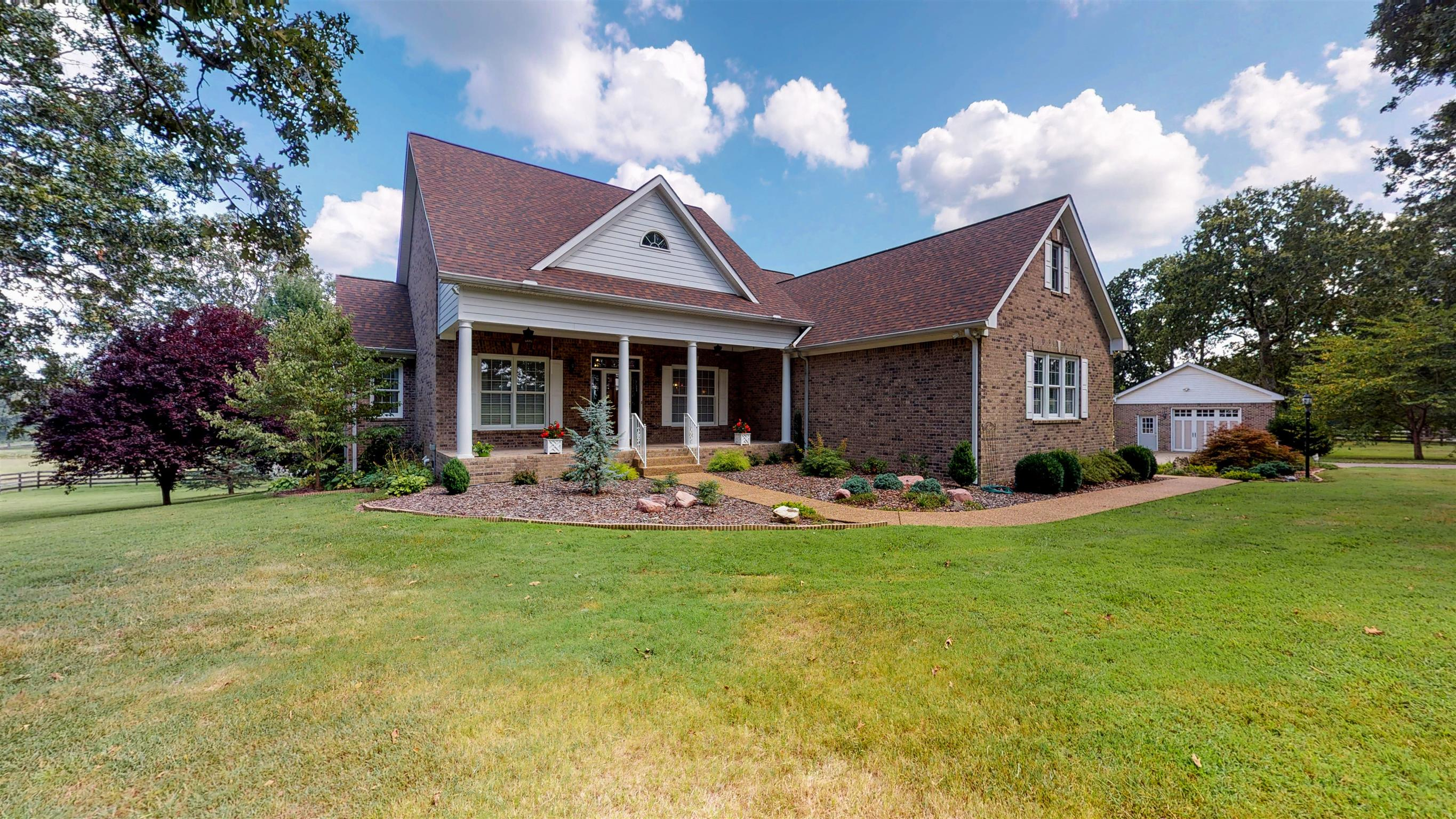 598 Hawkins Rd, White Bluff, TN 37187 - White Bluff, TN real estate listing