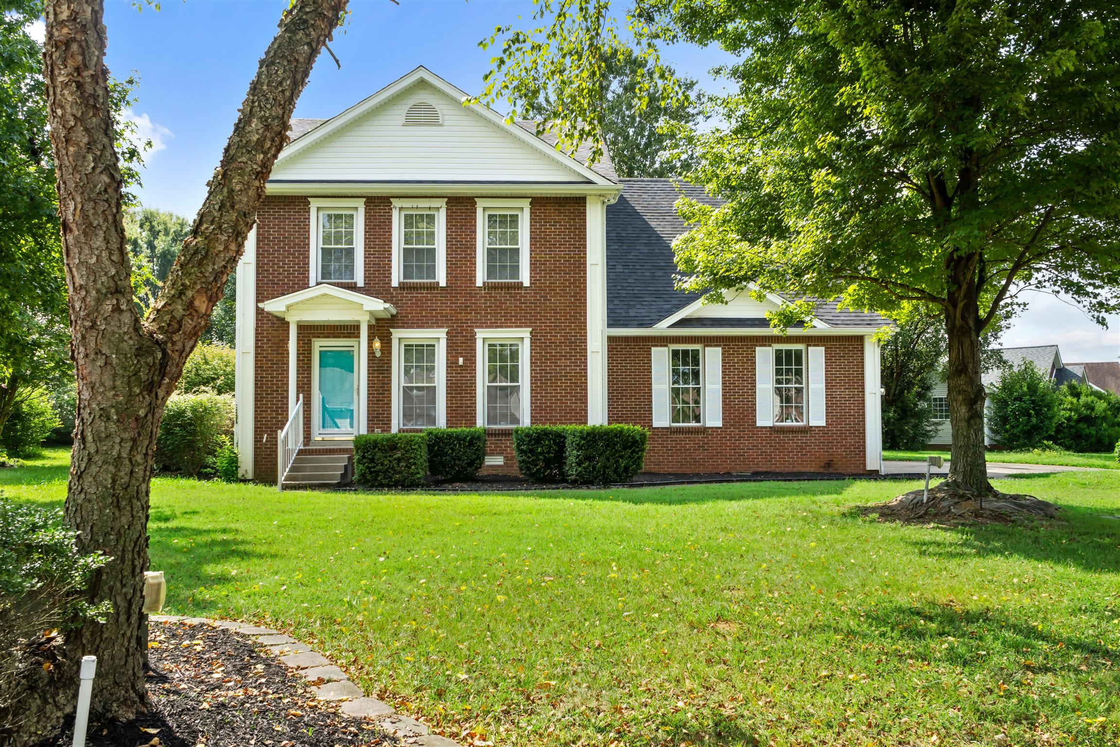 3997 Castle Bar, Clarksville, TN 37040 - Clarksville, TN real estate listing