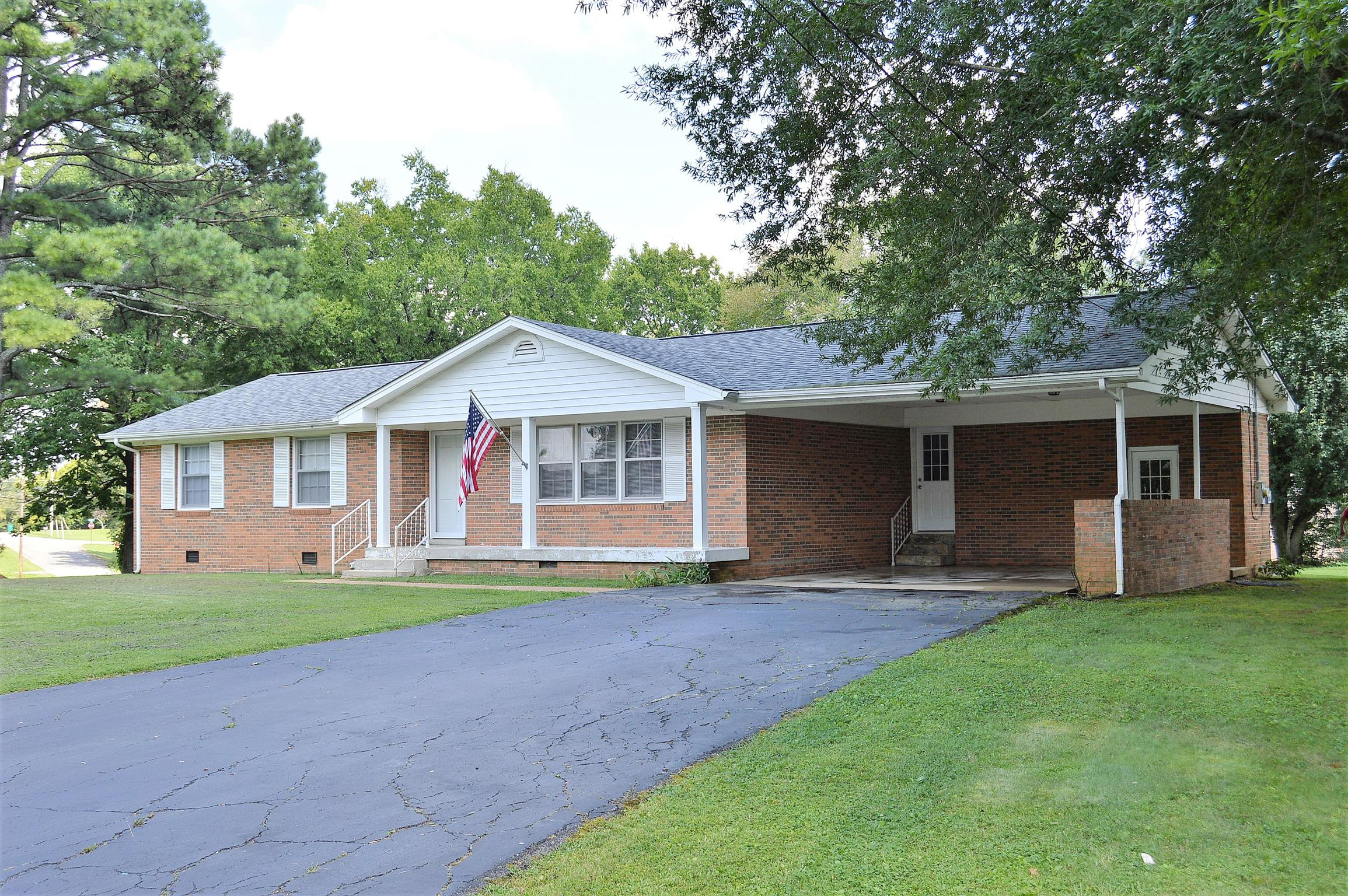 605 Fairlane Dr, Lewisburg, TN 37091 - Lewisburg, TN real estate listing