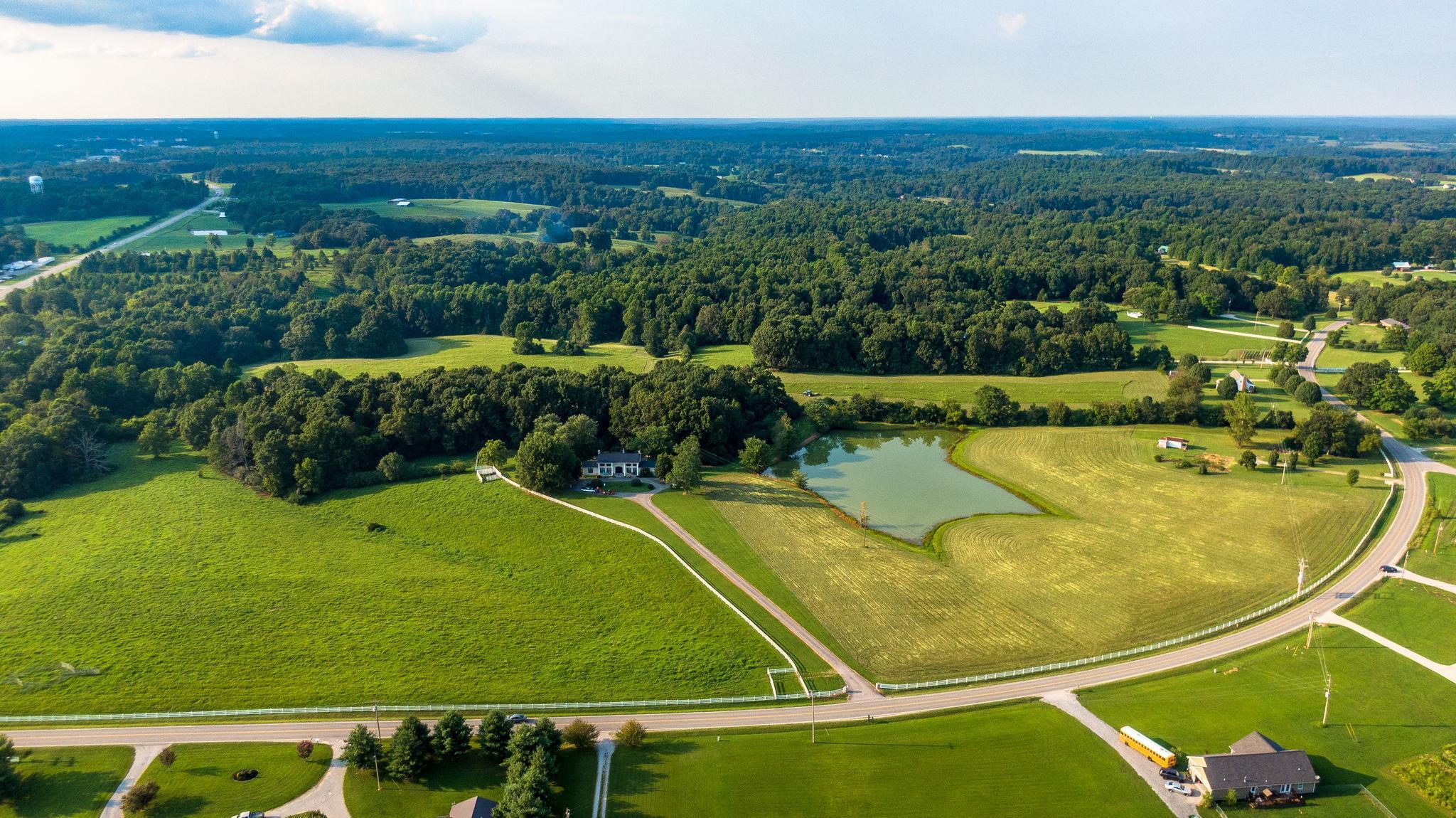 1155 Abiff Rd Property Photo - Bon Aqua, TN real estate listing