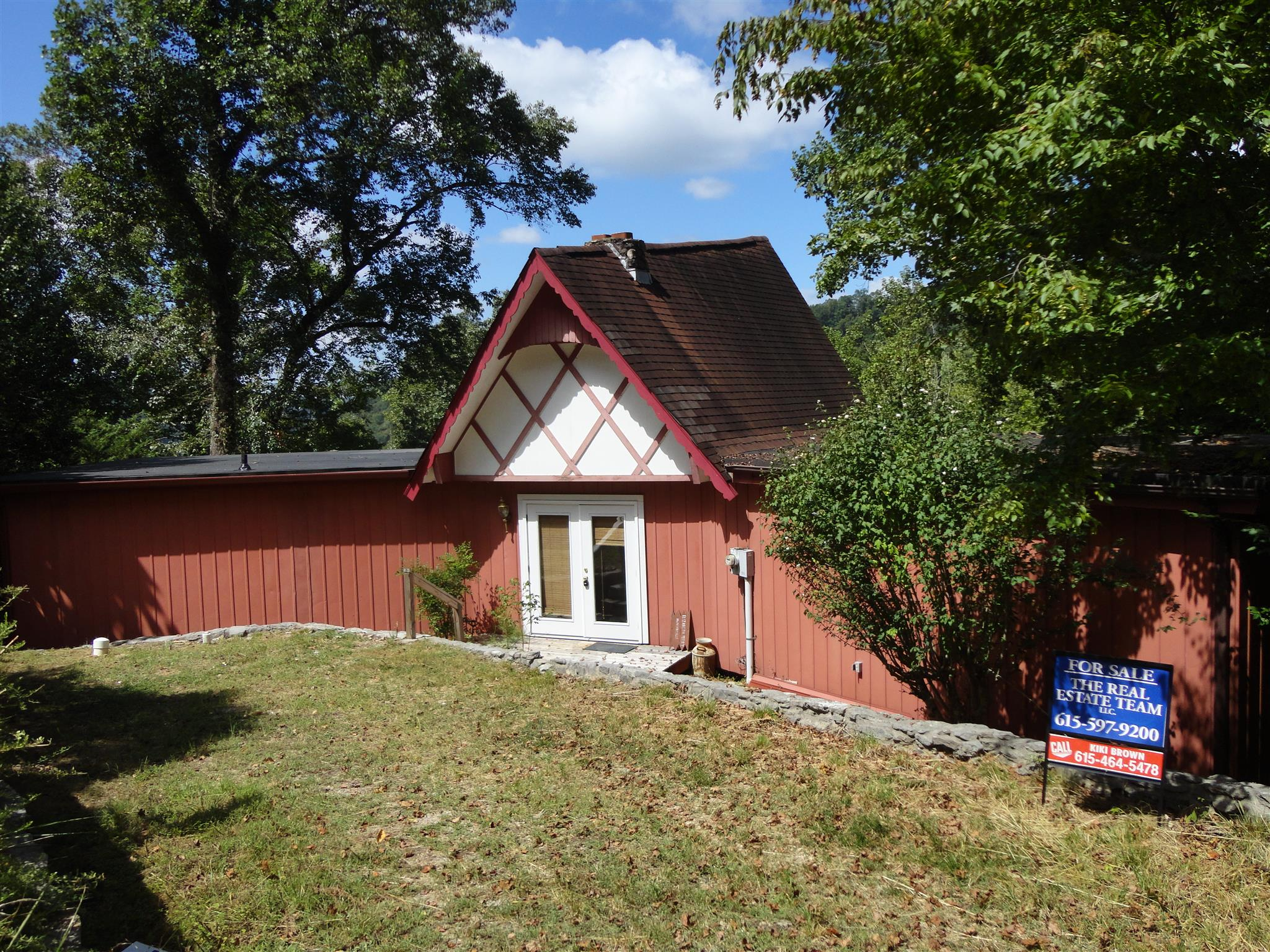 268 Summer Ct Property Photo - Smithville, TN real estate listing