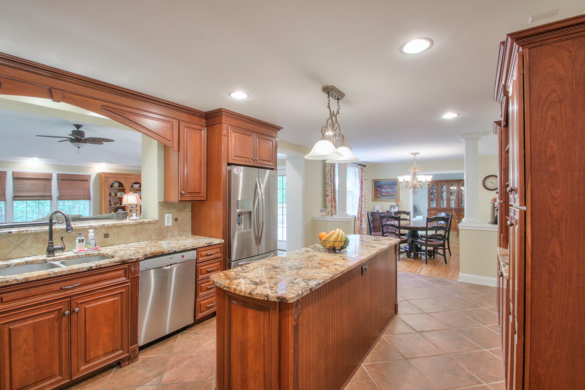 840 Highland Crest Dr, Nashville, TN 37205 - Nashville, TN real estate listing