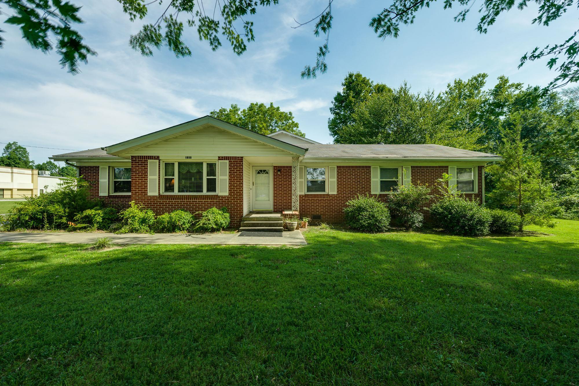 1648 Cookeville Hwy, Smithville, TN 37166 - Smithville, TN real estate listing