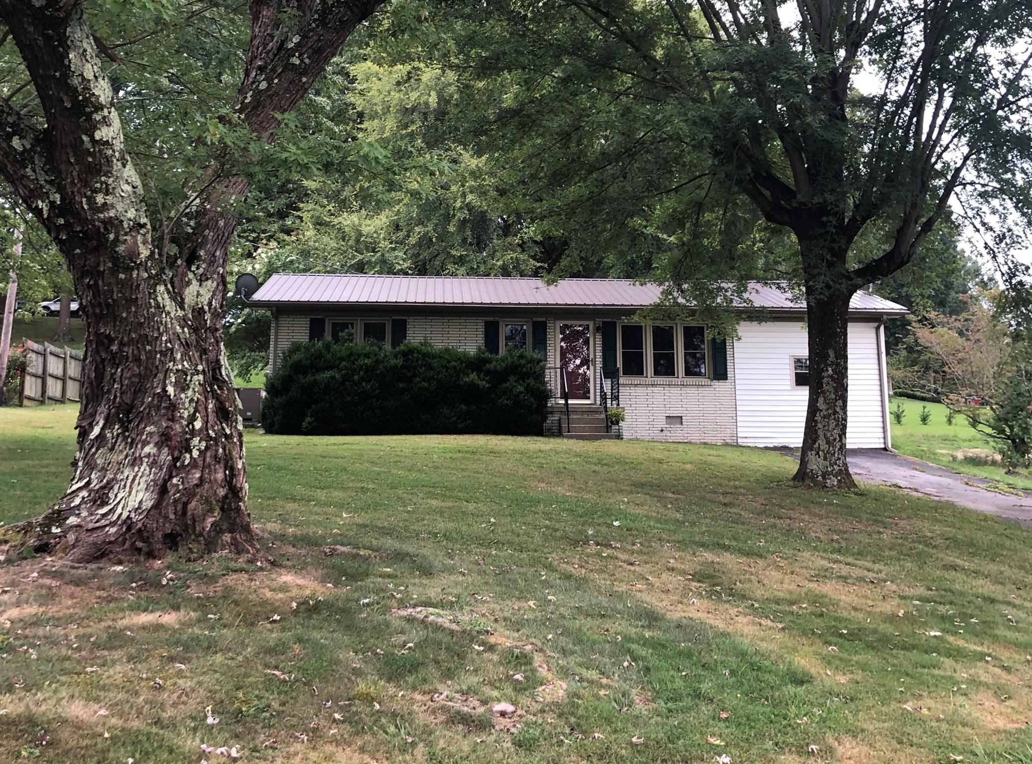 1214 N 1St St, Westmoreland, TN 37186 - Westmoreland, TN real estate listing
