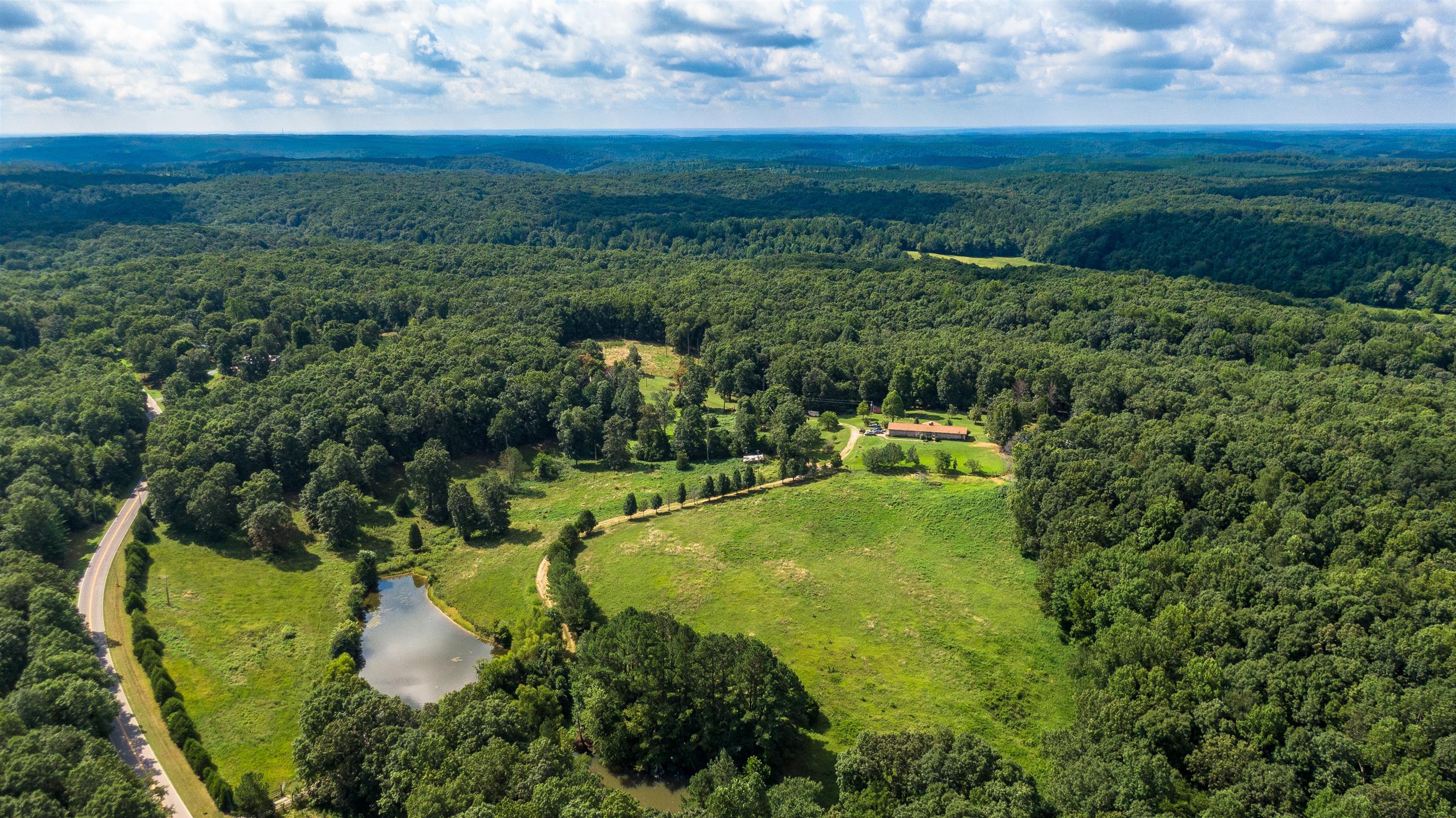 7564 Pinewood Rd, Nunnelly, TN 37137 - Nunnelly, TN real estate listing
