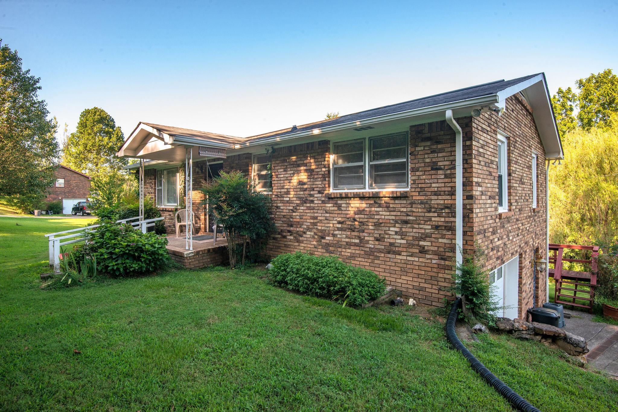 1020 Dawson Rd, White Bluff, TN 37187 - White Bluff, TN real estate listing
