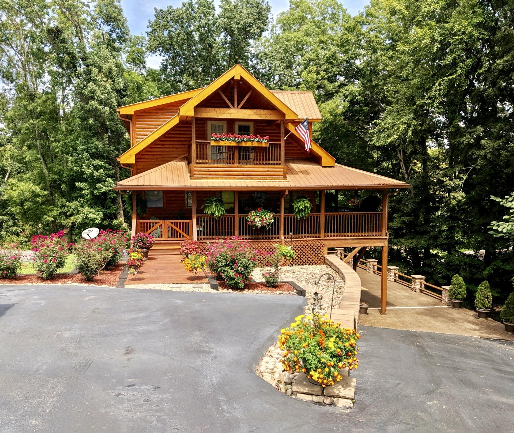 409 River Front Dr, Sparta, TN 38583 - Sparta, TN real estate listing