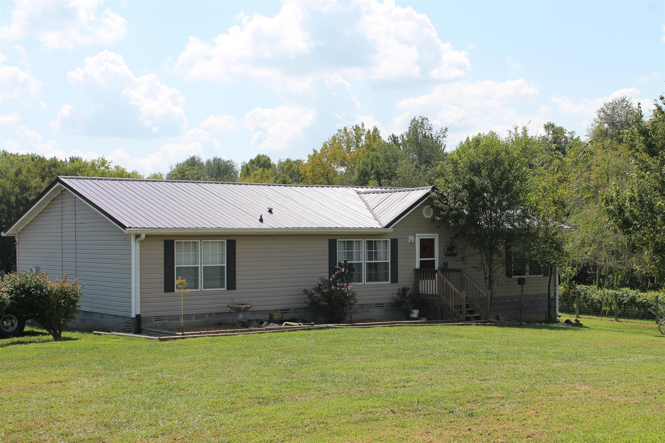 650 Chipman, Bethpage, TN 37022 - Bethpage, TN real estate listing