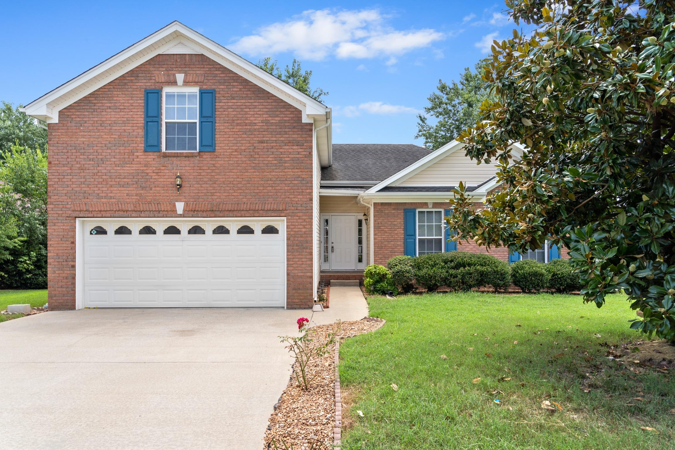 1180 Connemara Way, Clarksville, TN 37040 - Clarksville, TN real estate listing