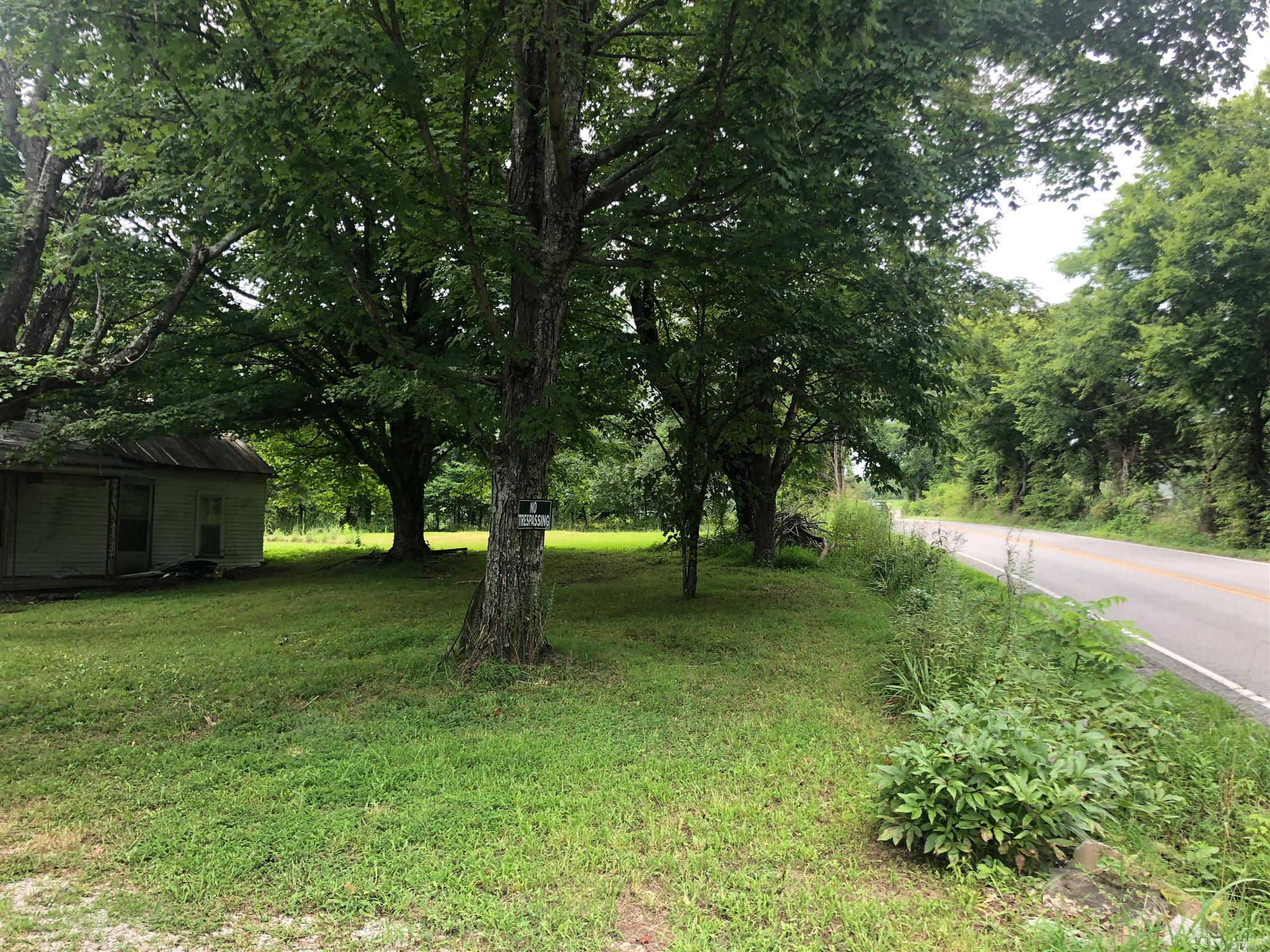 1863 Lynnville HWY Property Photo - Cornersville, TN real estate listing