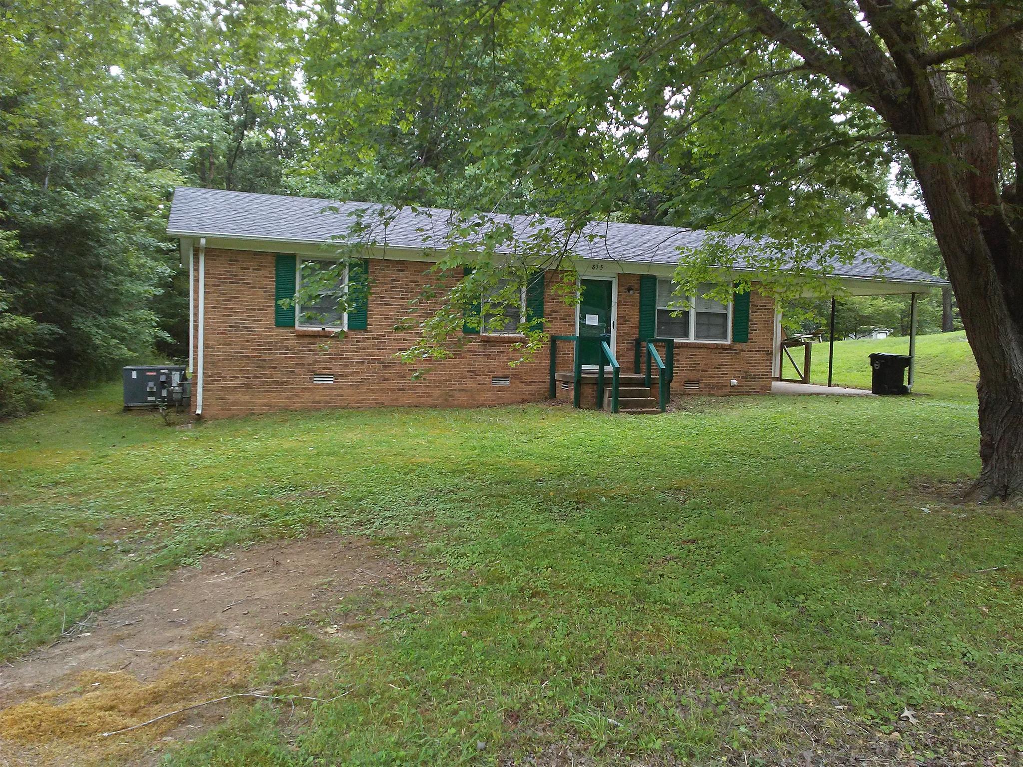 815 Cherokee Dr, New Johnsonville, TN 37134 - New Johnsonville, TN real estate listing