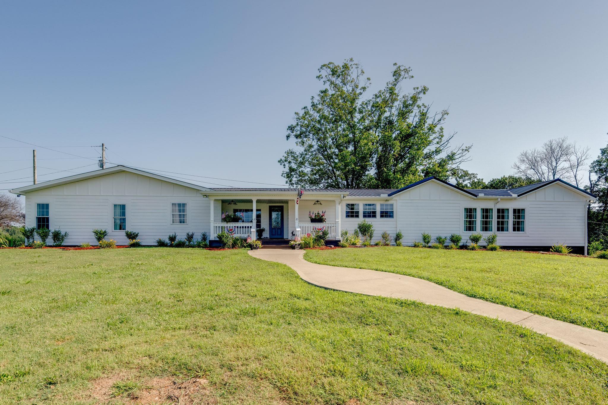 1411 Johnson St, Burns, TN 37029 - Burns, TN real estate listing