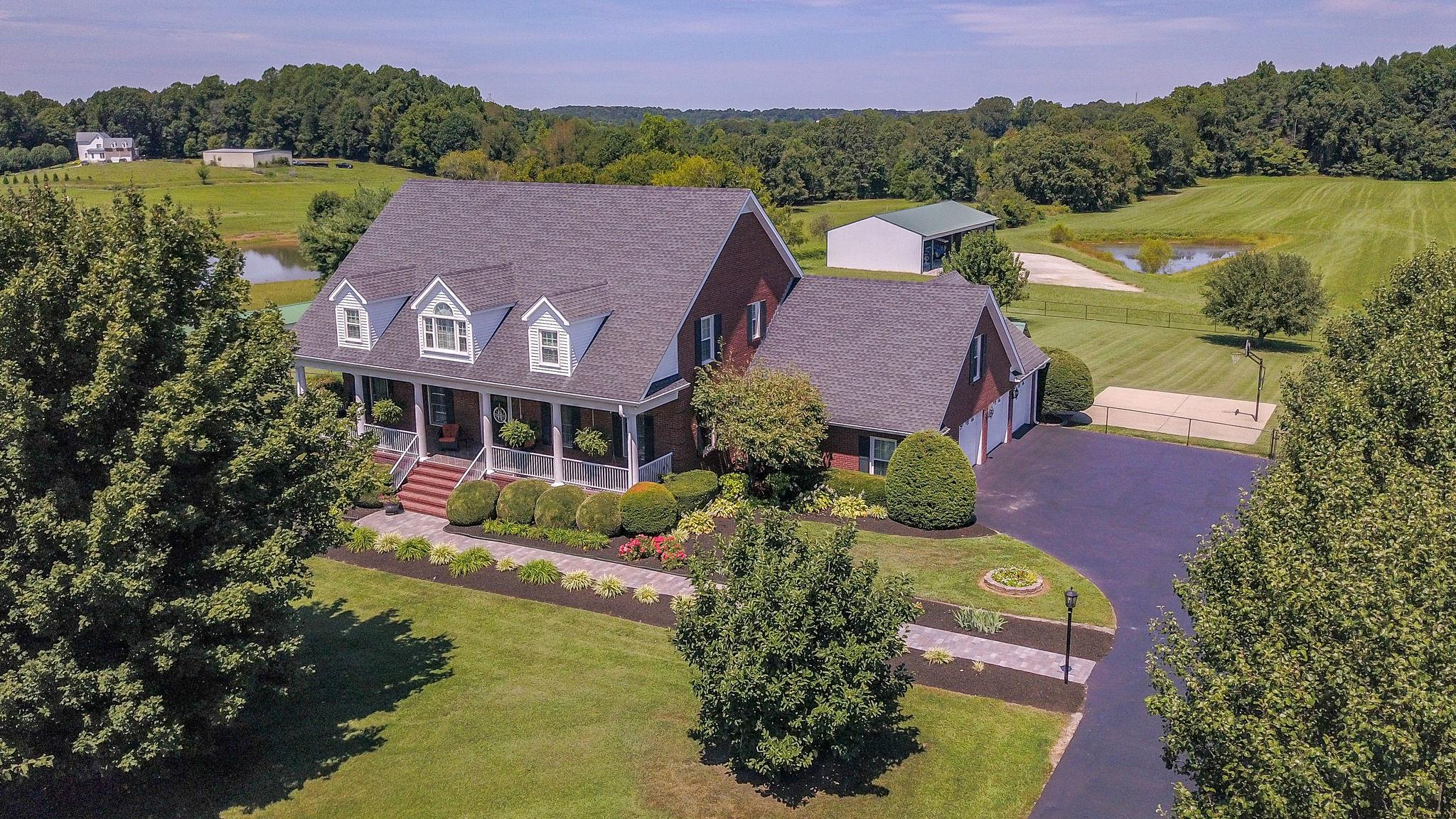 905 Jump Off Road, Bon Aqua, TN 37025 - Bon Aqua, TN real estate listing