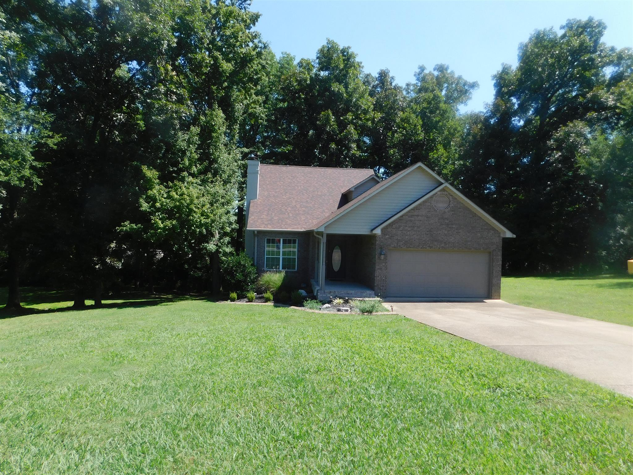 1200 White Dr, Lewisburg, TN 37091 - Lewisburg, TN real estate listing