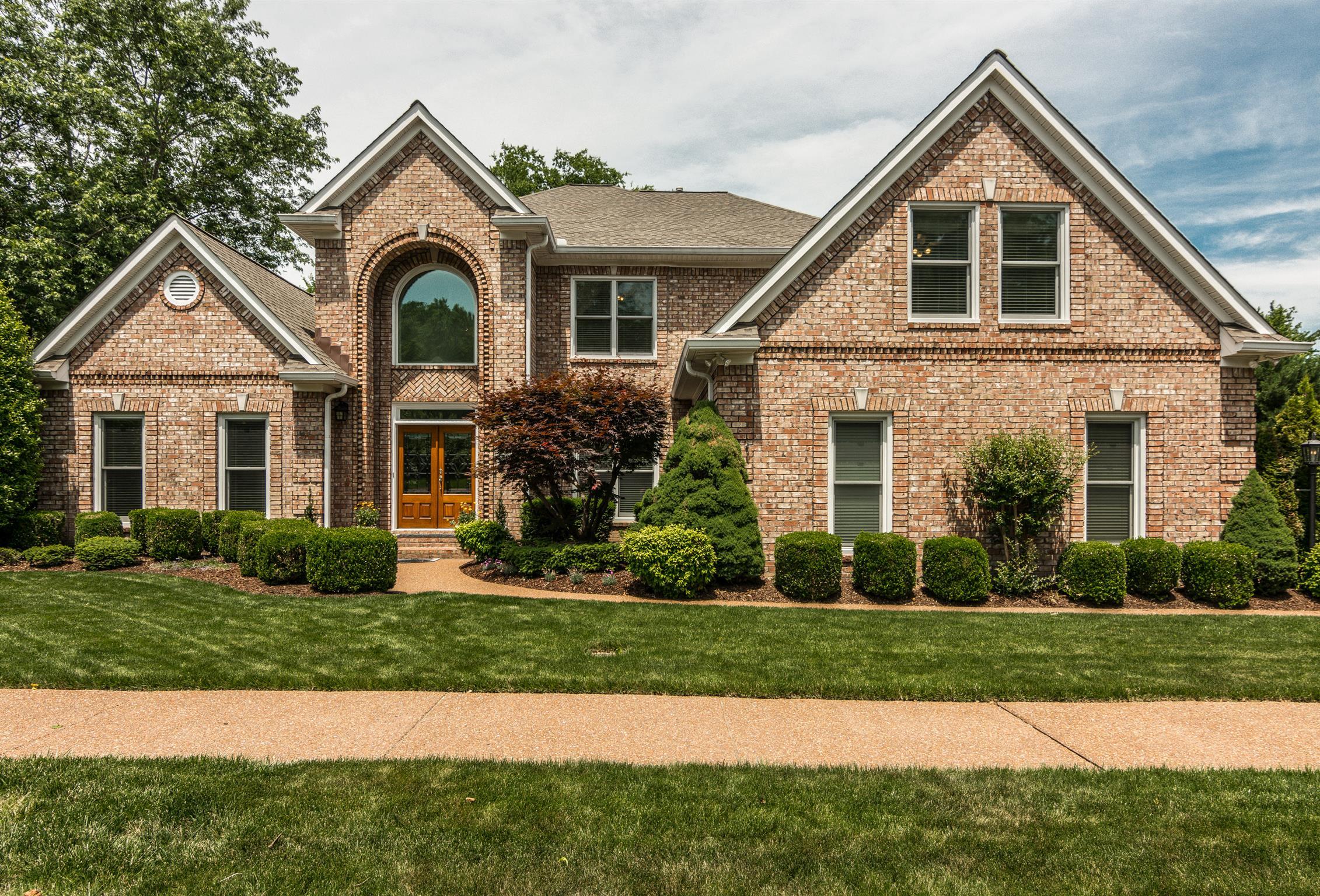 204 Halberton Dr, Franklin, TN 37069 - Franklin, TN real estate listing