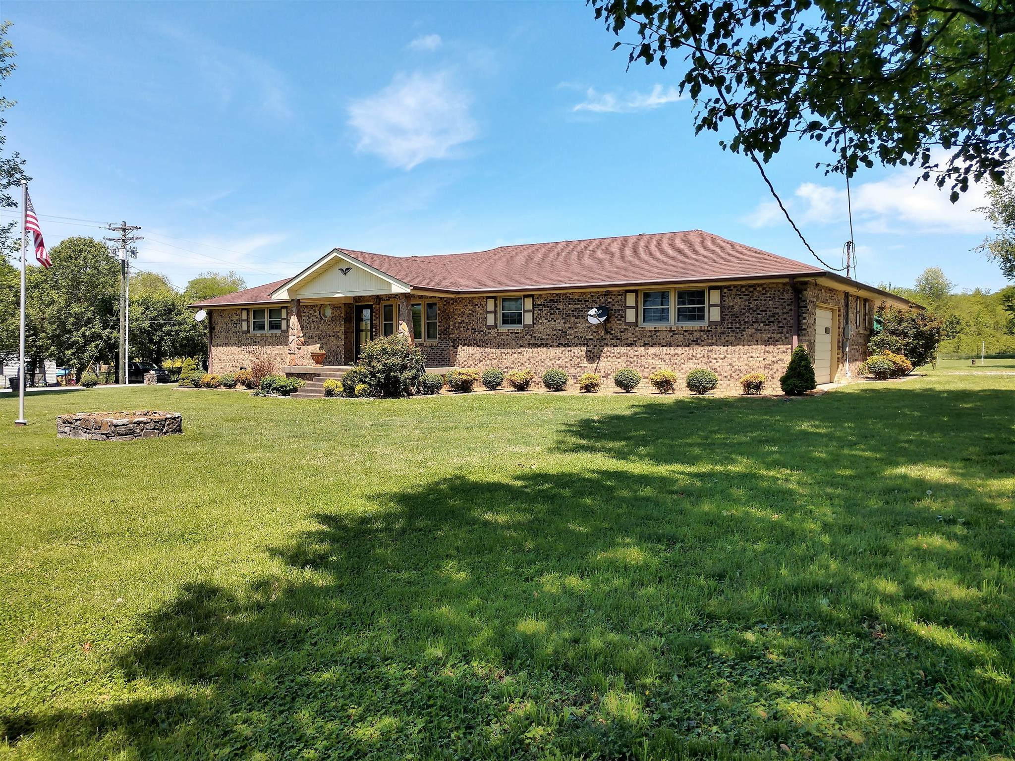 3839 Sparta Pike, Watertown, TN 37184 - Watertown, TN real estate listing