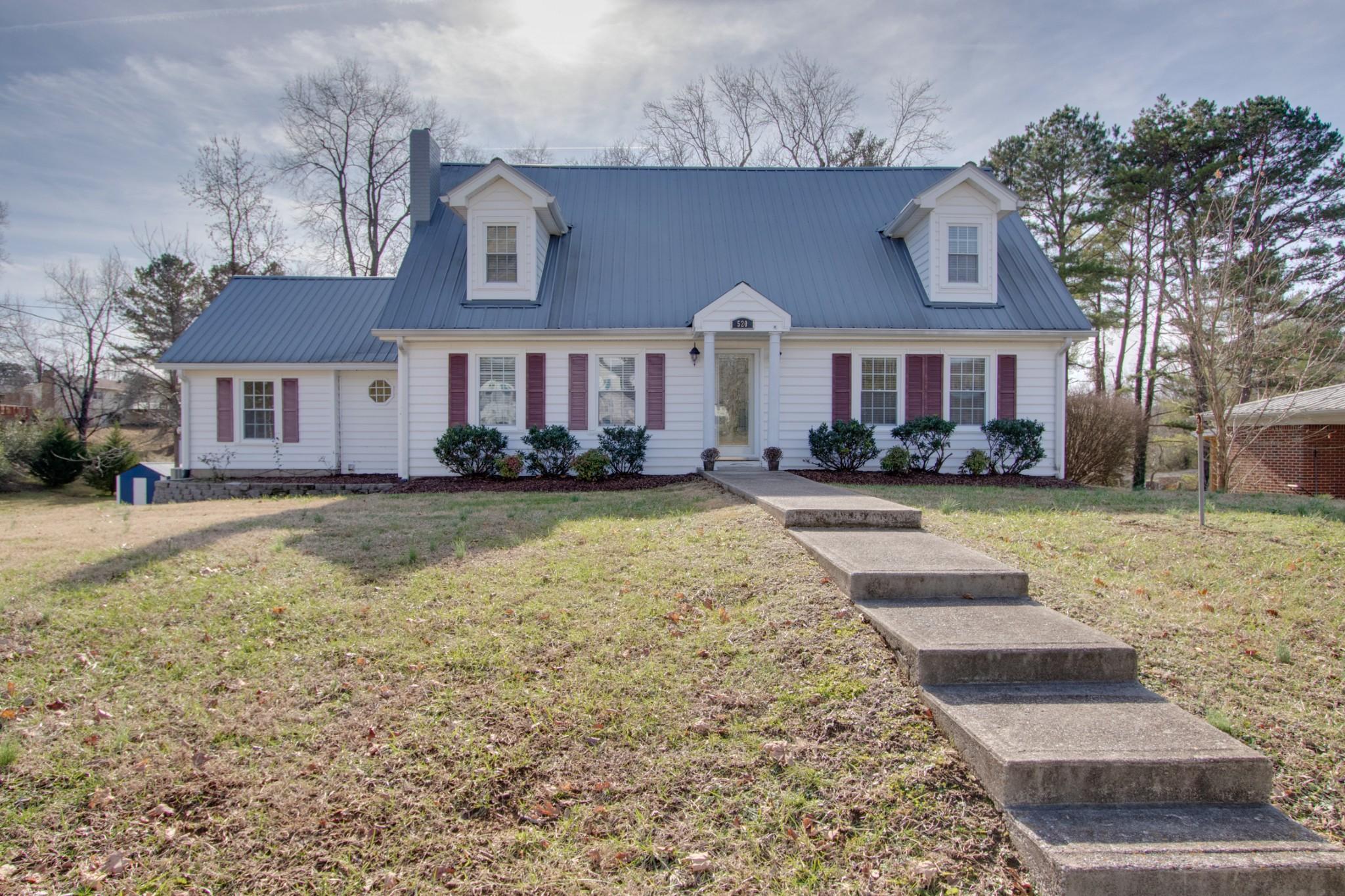 520 Jackson Ave, Carthage, TN 37030 - Carthage, TN real estate listing