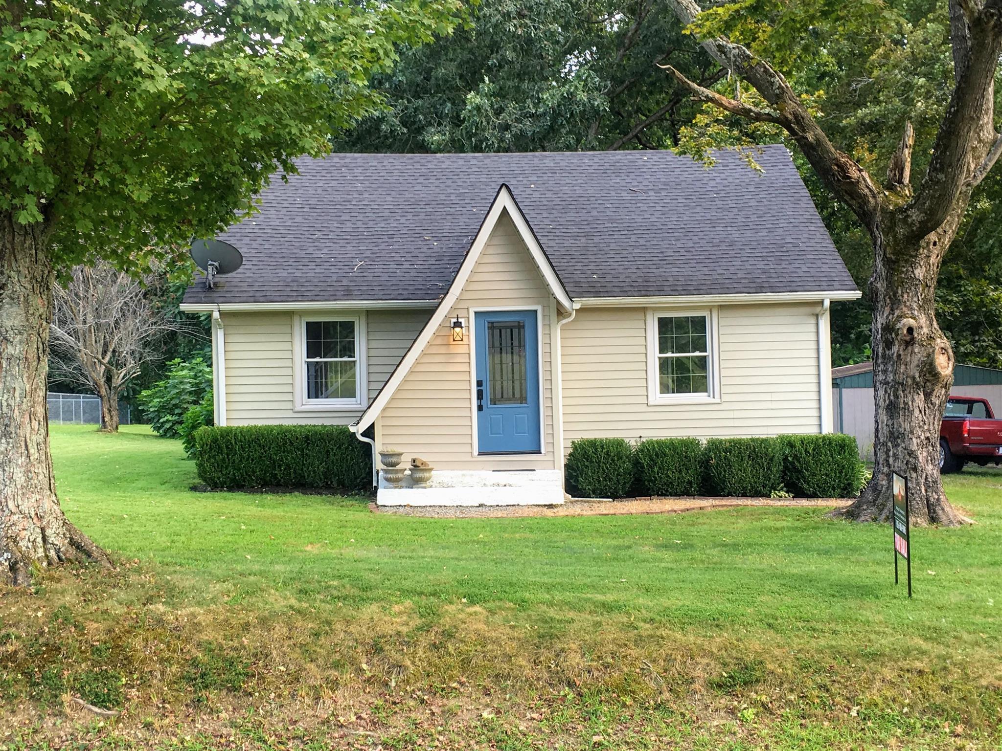 305A West Garretts Creek Rd, Westmoreland, TN 37186 - Westmoreland, TN real estate listing