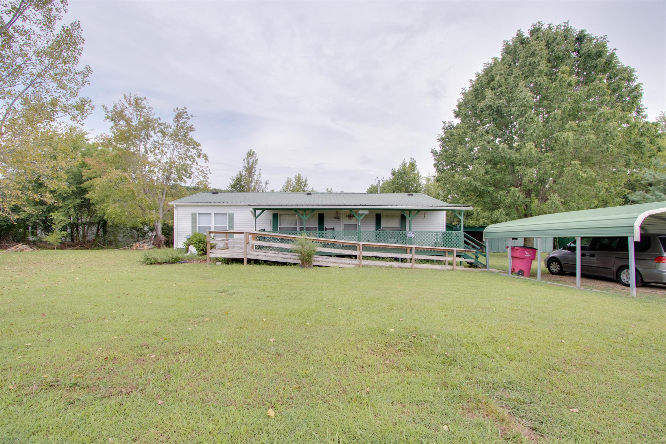 5061 Spring Creek Ln, Lafayette, TN 37083 - Lafayette, TN real estate listing
