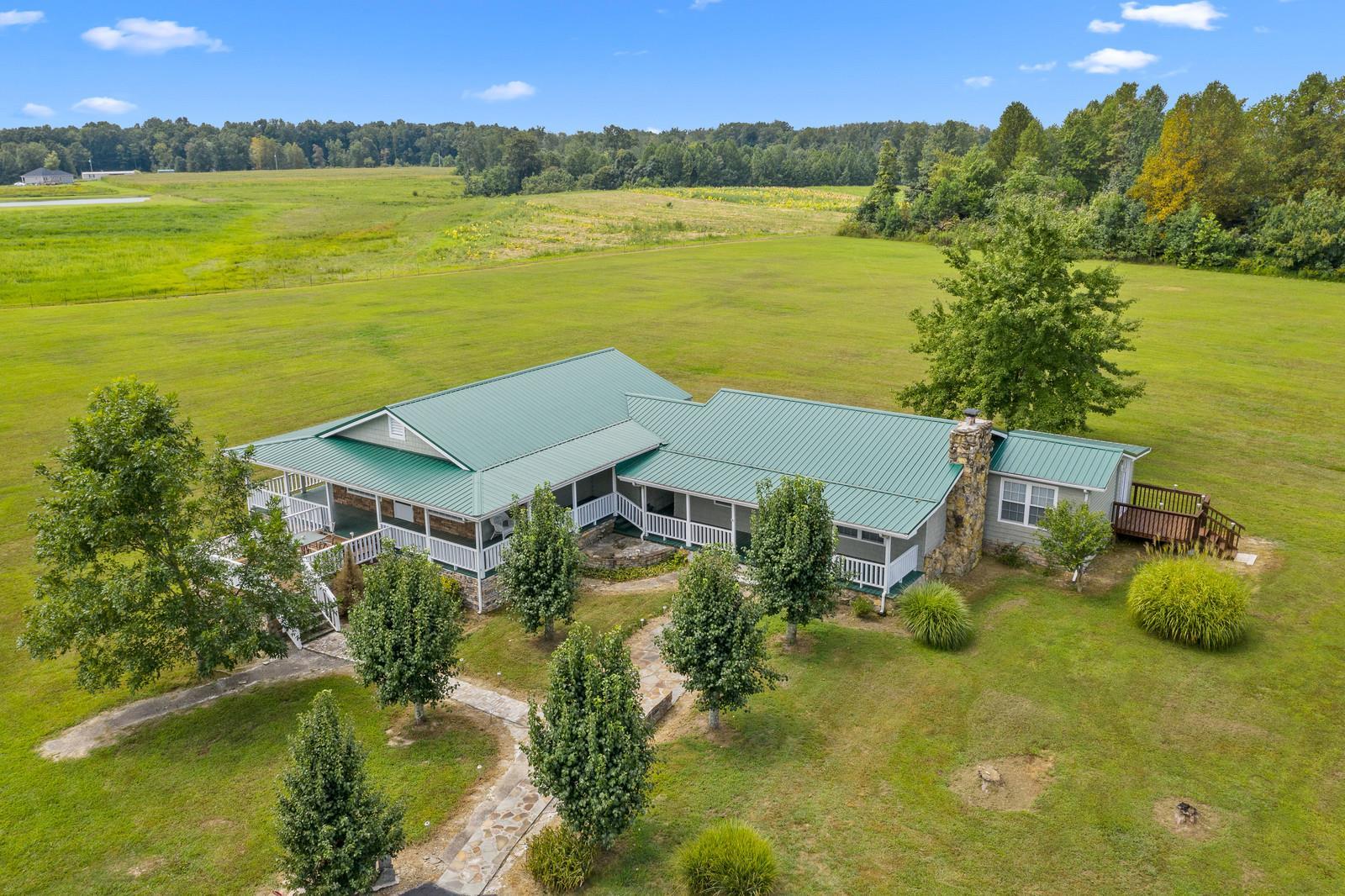 1253 Jimtown Rd, Lafayette, TN 37083 - Lafayette, TN real estate listing